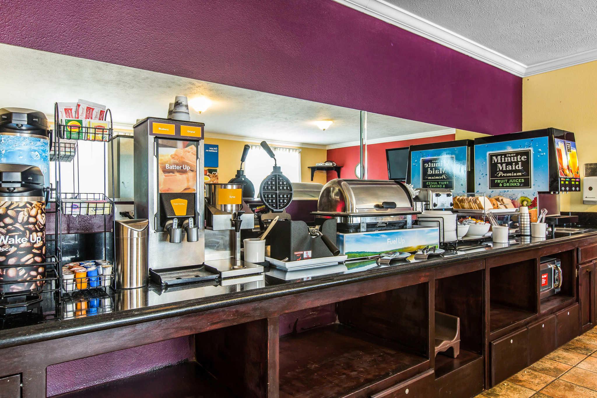 Comfort Inn & Suites El Centro I-8 image 28