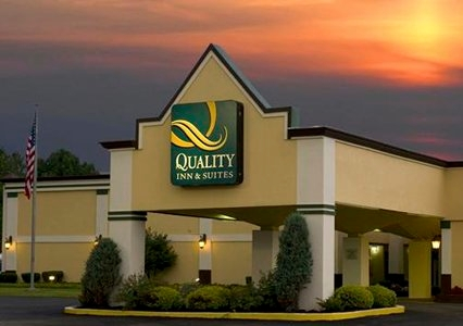 lake erie hotels quality inn suites conference center