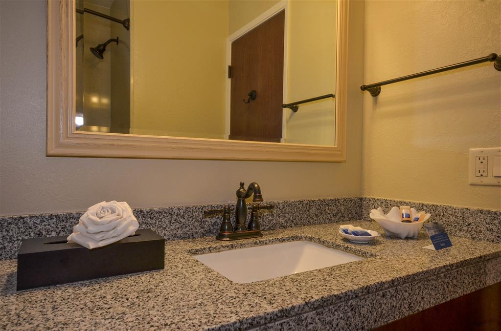 Best Western The Inn & Suites Pacific Grove image 10