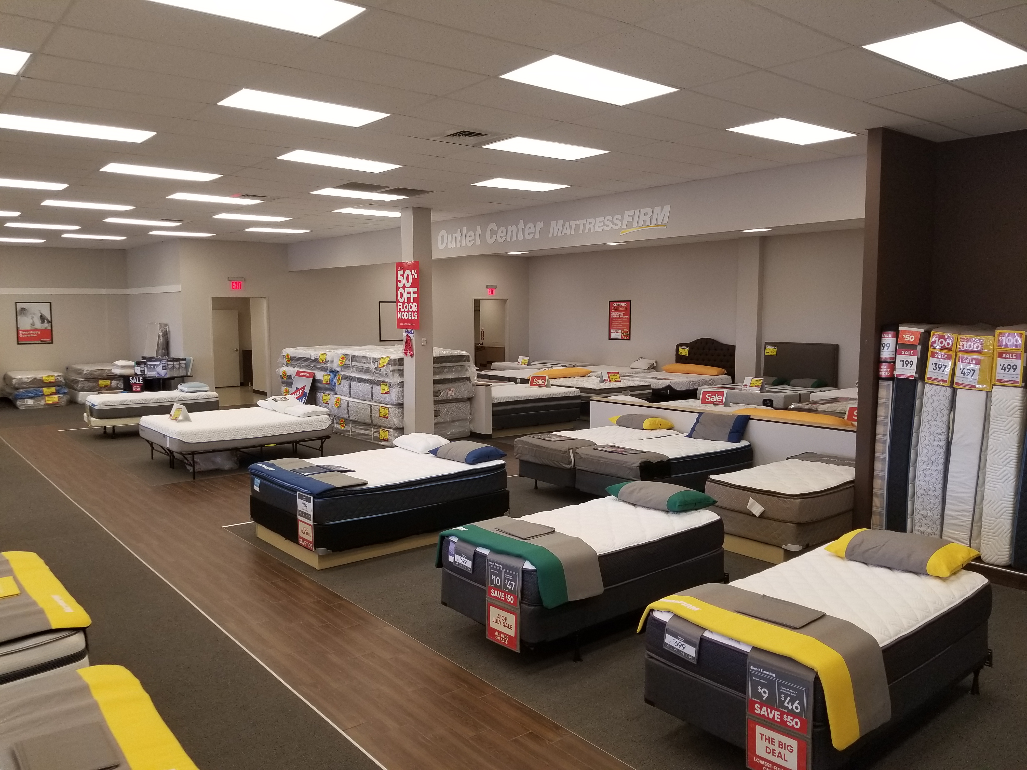 Mattress Firm Clearance - Closed image 3