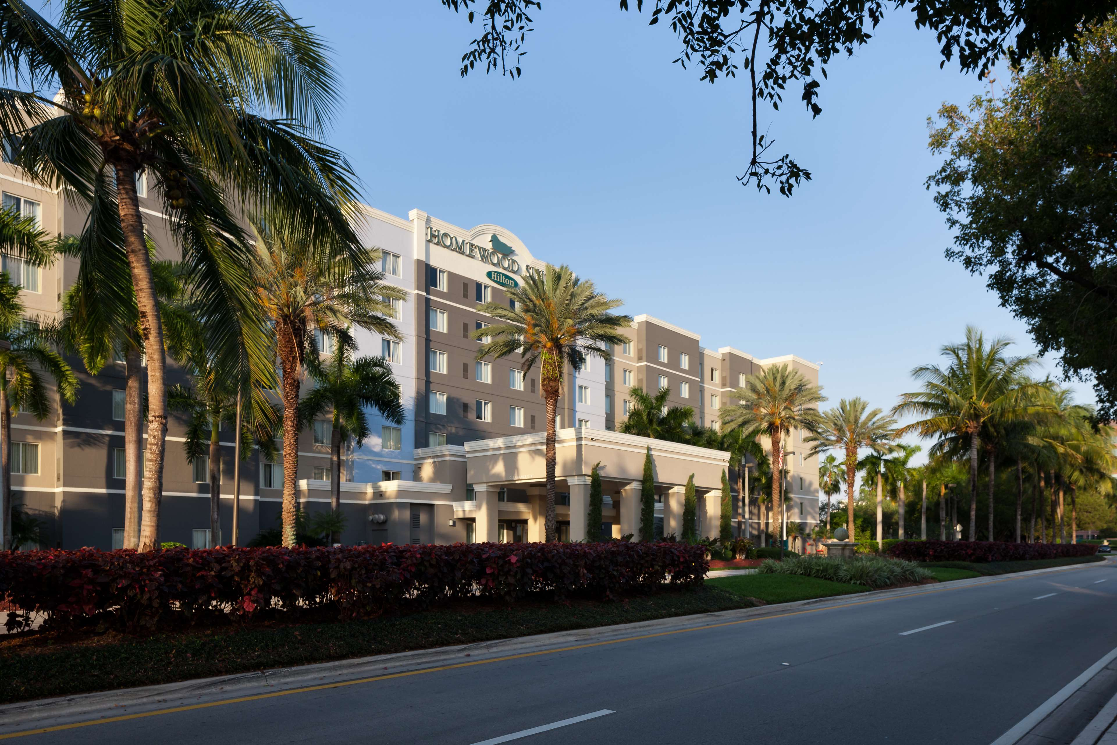 Homewood Suites by Hilton Miami-Airport/Blue Lagoon image 3