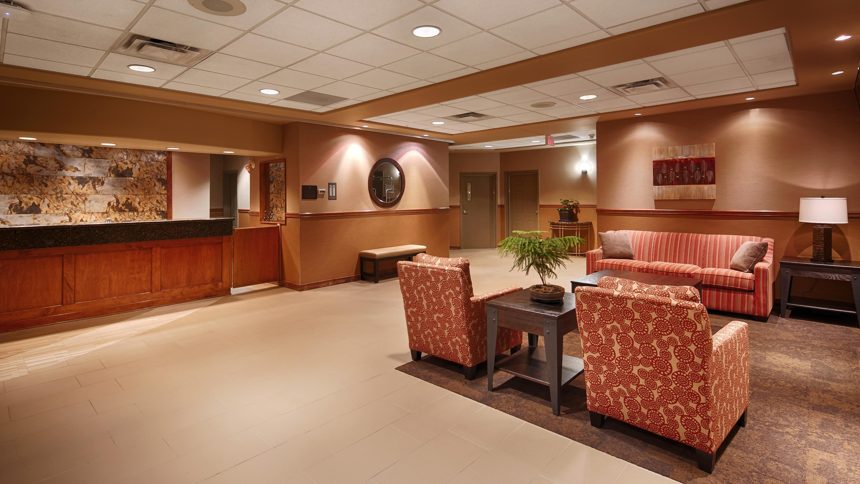 Best Western Plus Mission City Lodge in Mission: Lobby