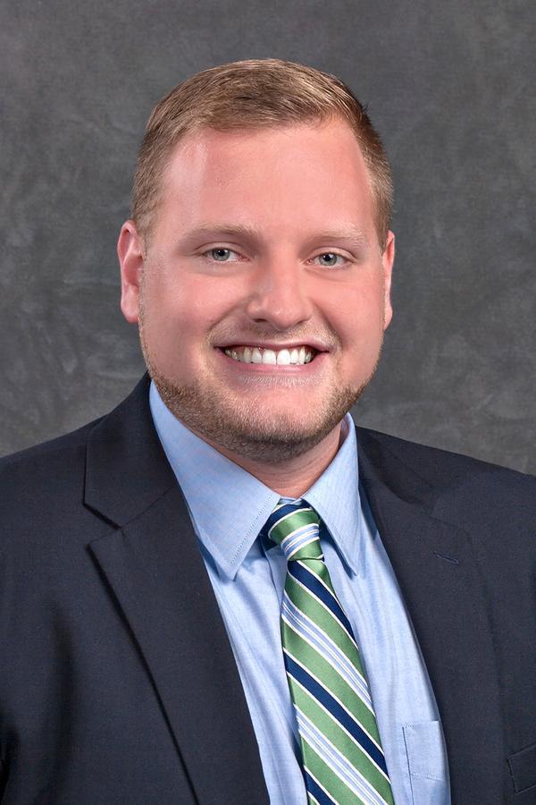 Edward Jones - Financial Advisor: Tyler Regnier, AAMS®