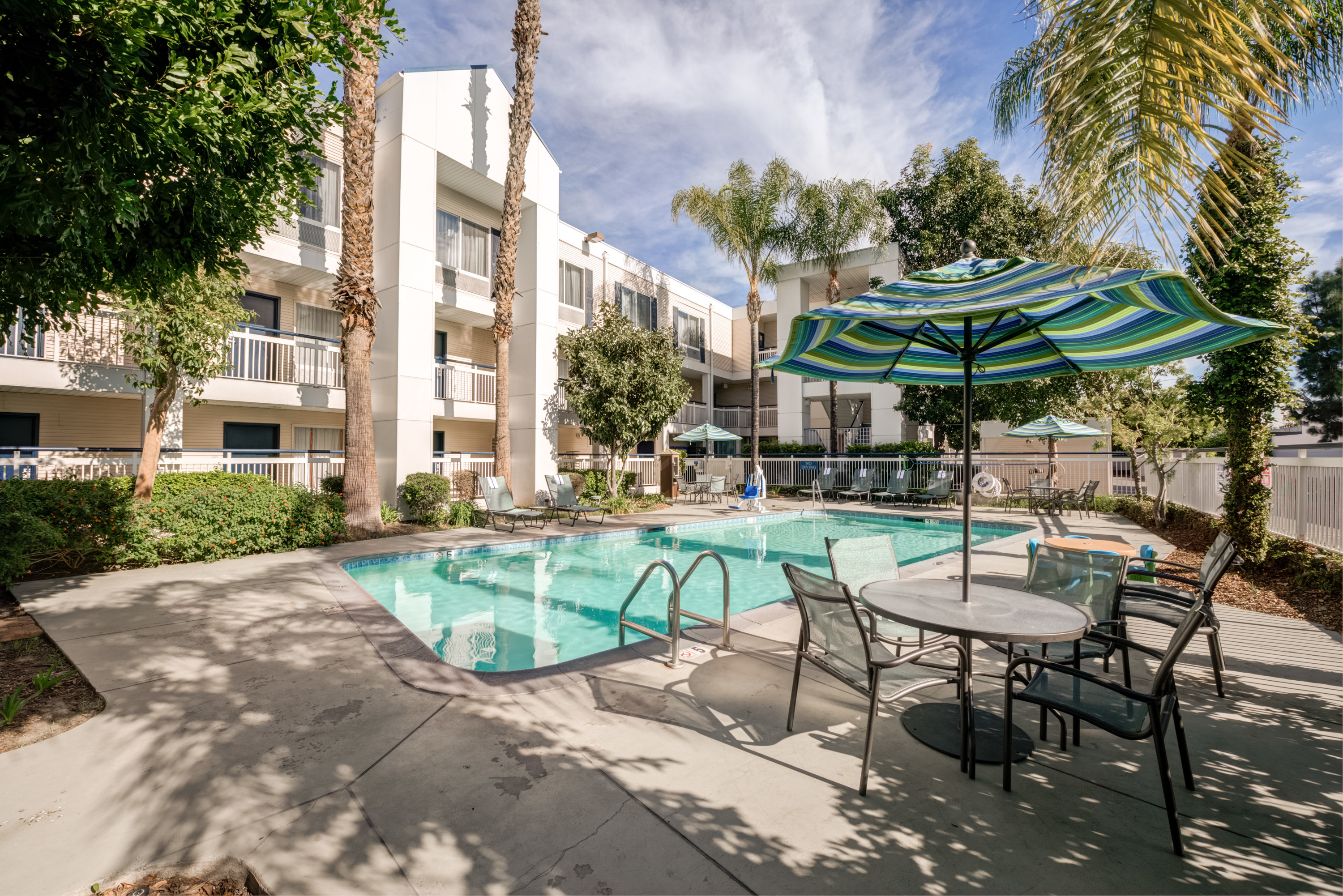Quality inn placentia anaheim in placentia ca whitepages for Quality hotel