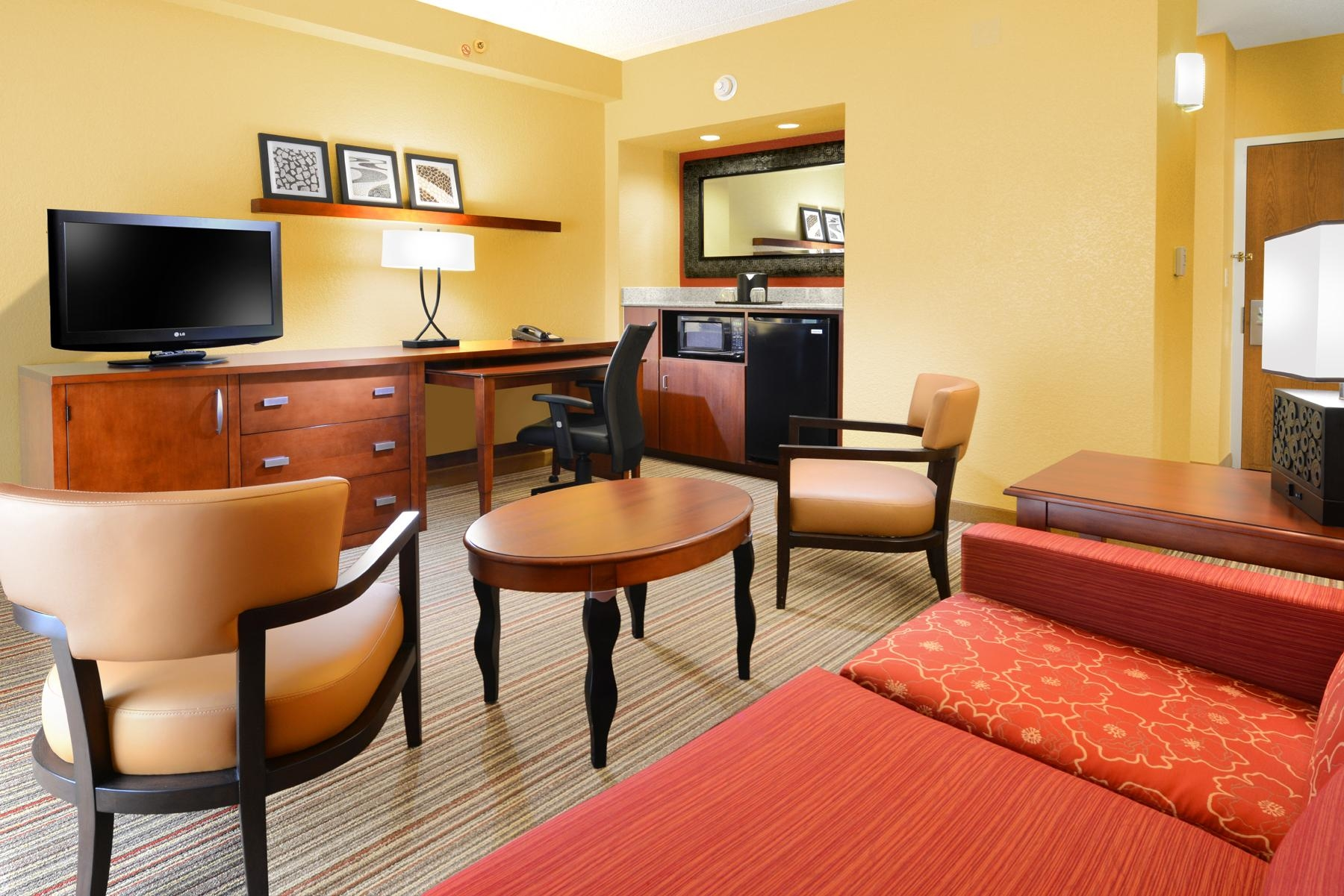 Courtyard by Marriott Fort Worth University Drive image 8