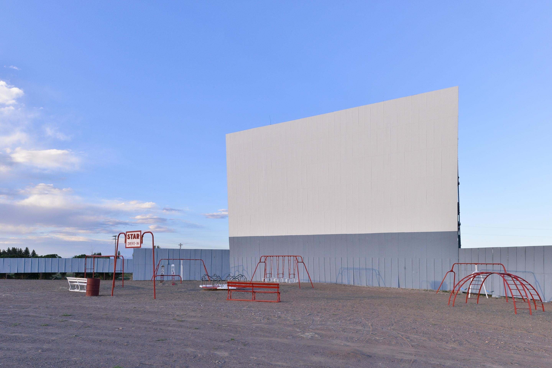 Best western movie manor monte vista co business for Montevista com