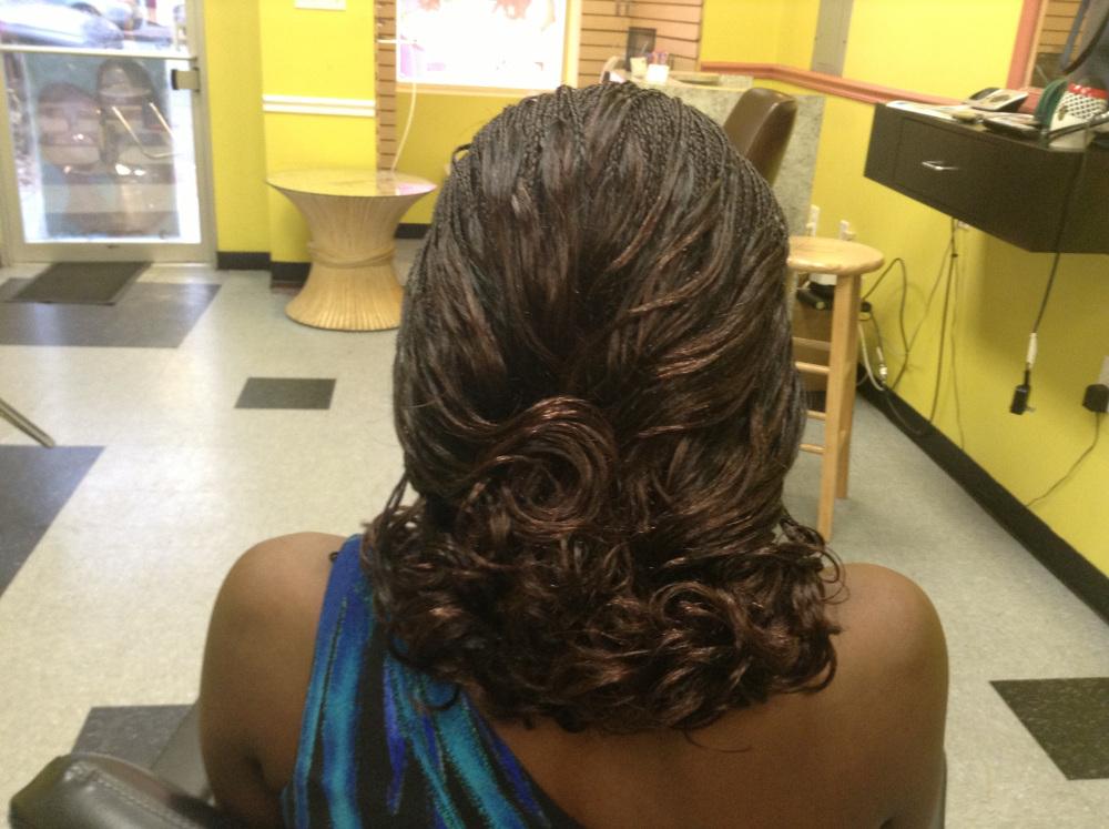 Aisha Hair Braiding image 87