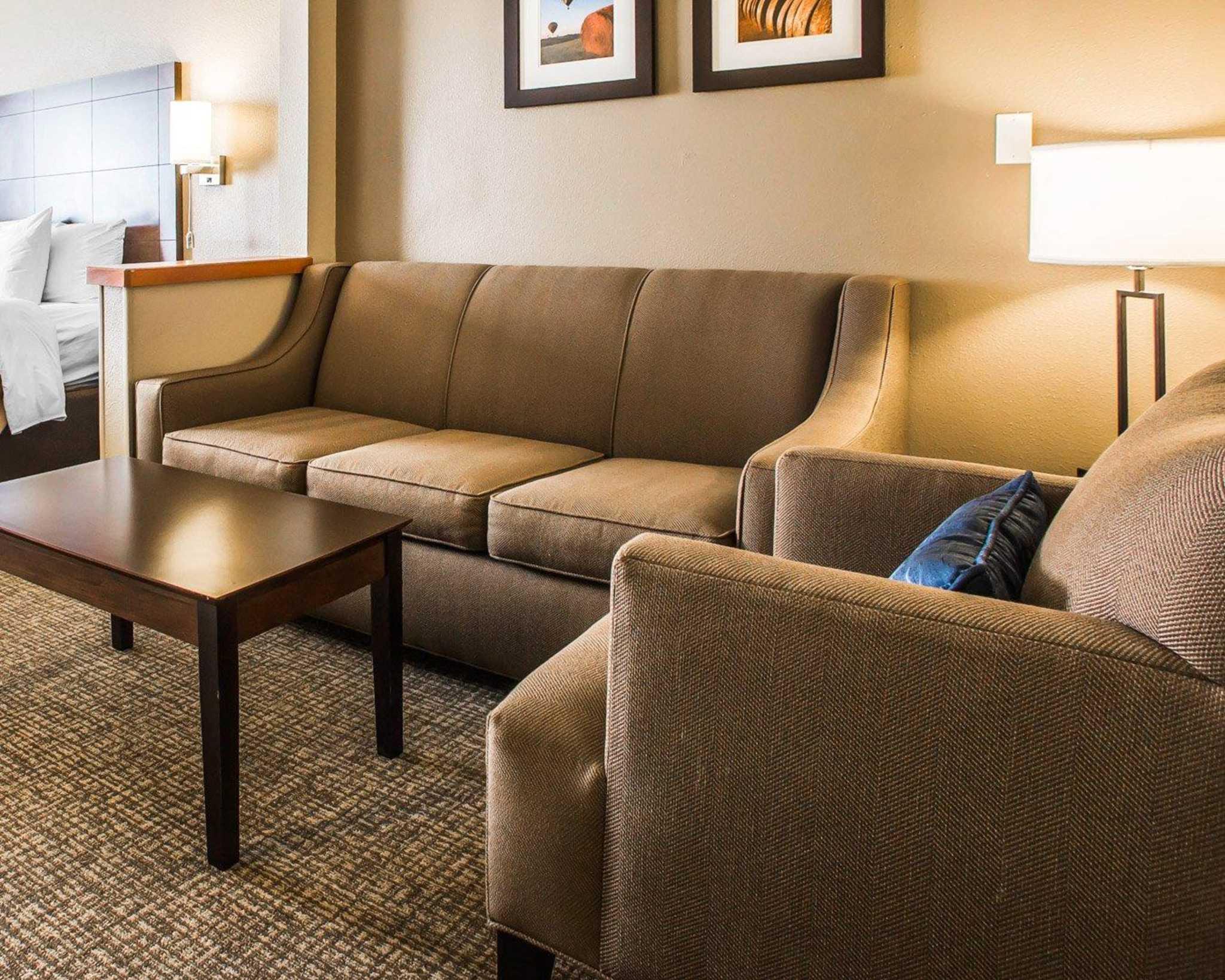 Comfort Inn & Suites Waterloo – Cedar Falls image 24
