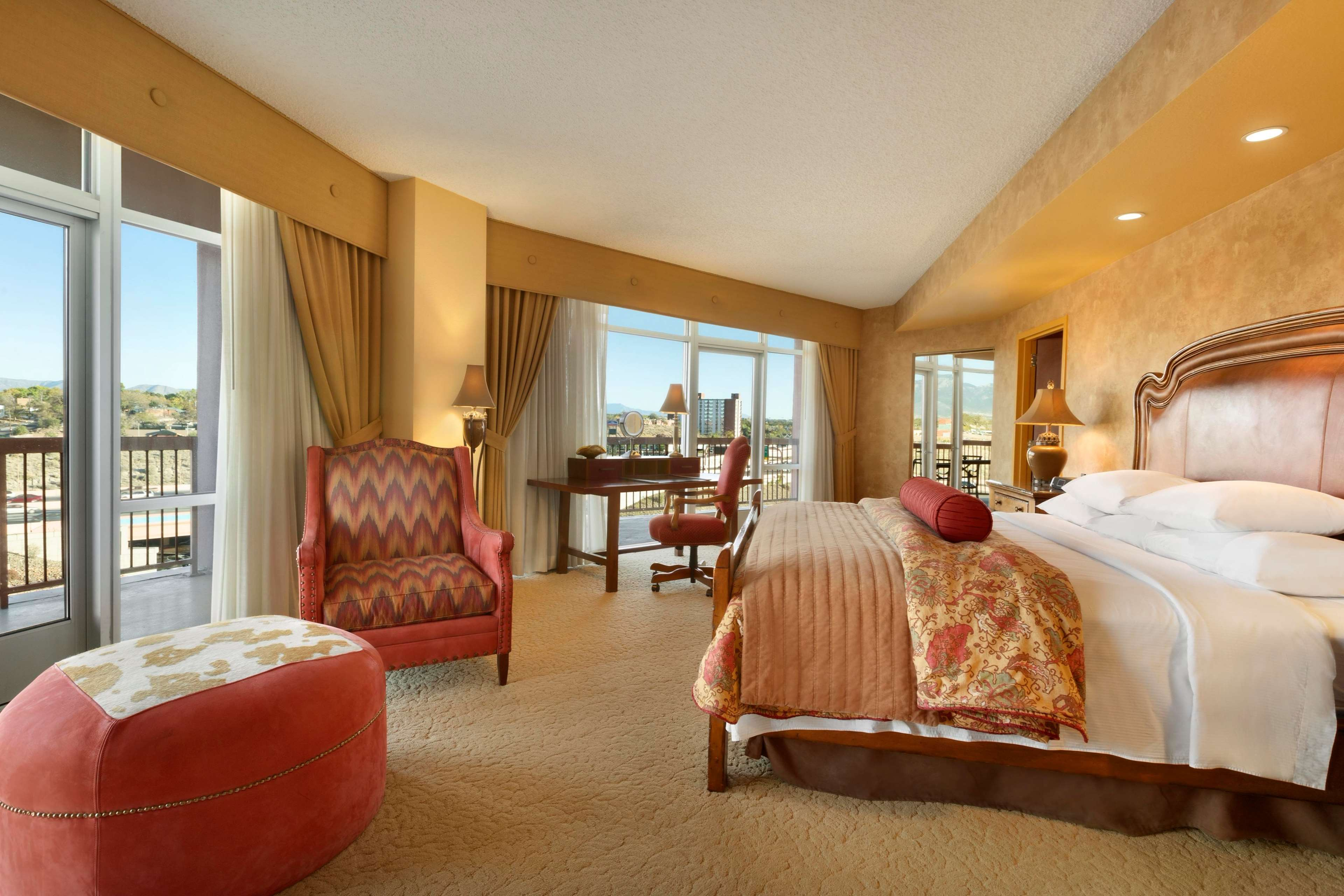 Embassy Suites by Hilton Albuquerque Hotel & Spa image 33