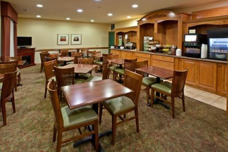 Country Inn & Suites by Radisson, Valparaiso, IN image 2