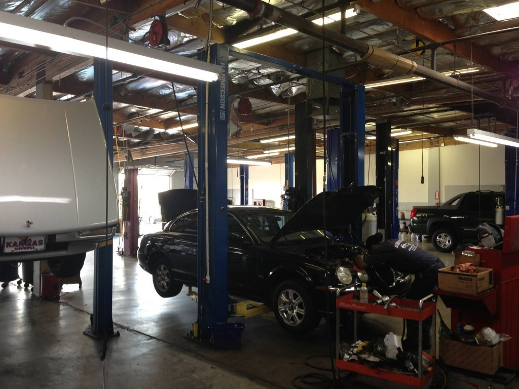 Buddy's Auto Repair  and  Alignment image 5