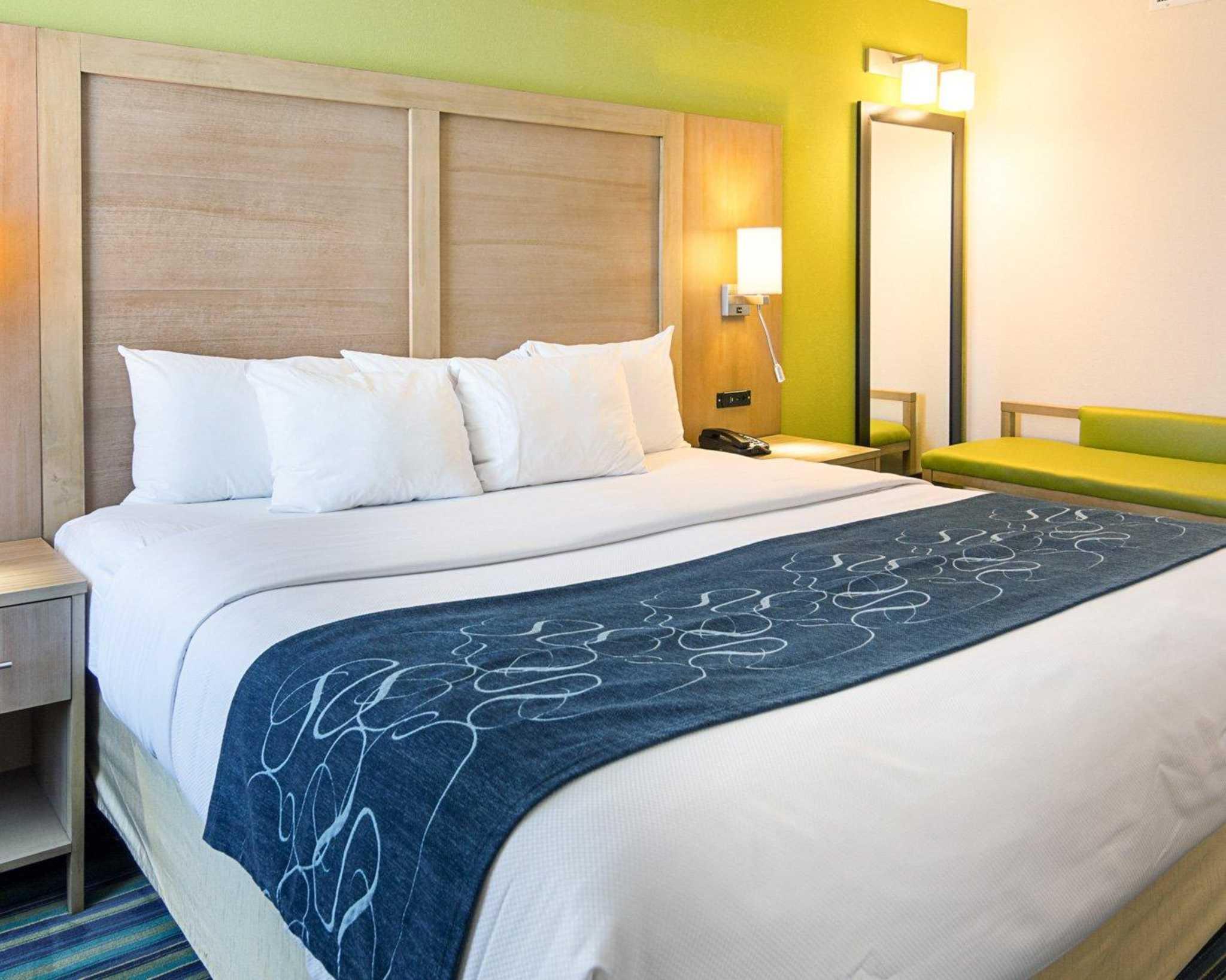 Comfort Suites Beachfront image 25