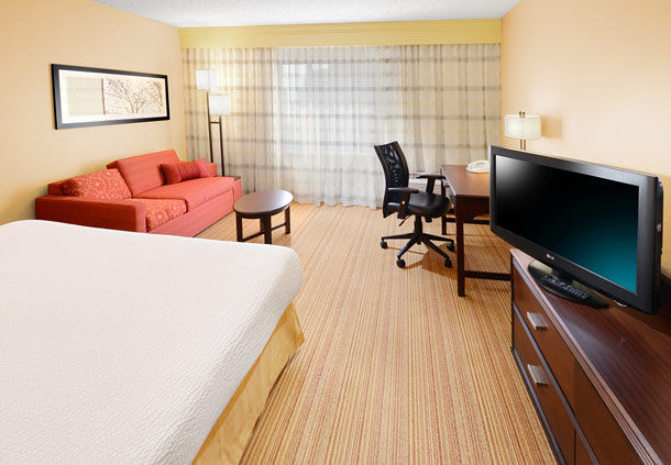 Courtyard by Marriott Dallas Richardson at Campbell image 6