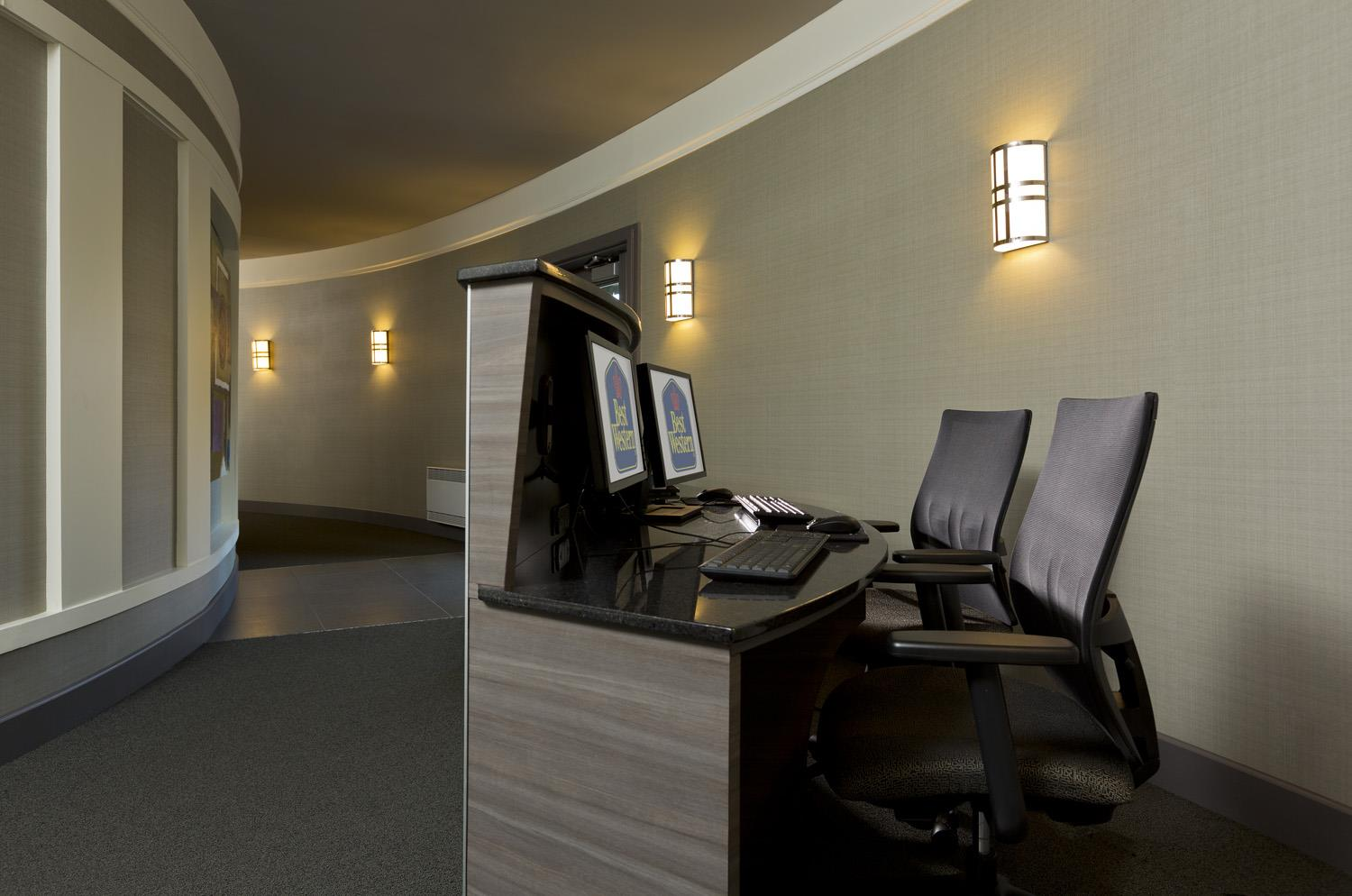 Best Western Premier Hotel Aristocrate à Quebec: Business Center