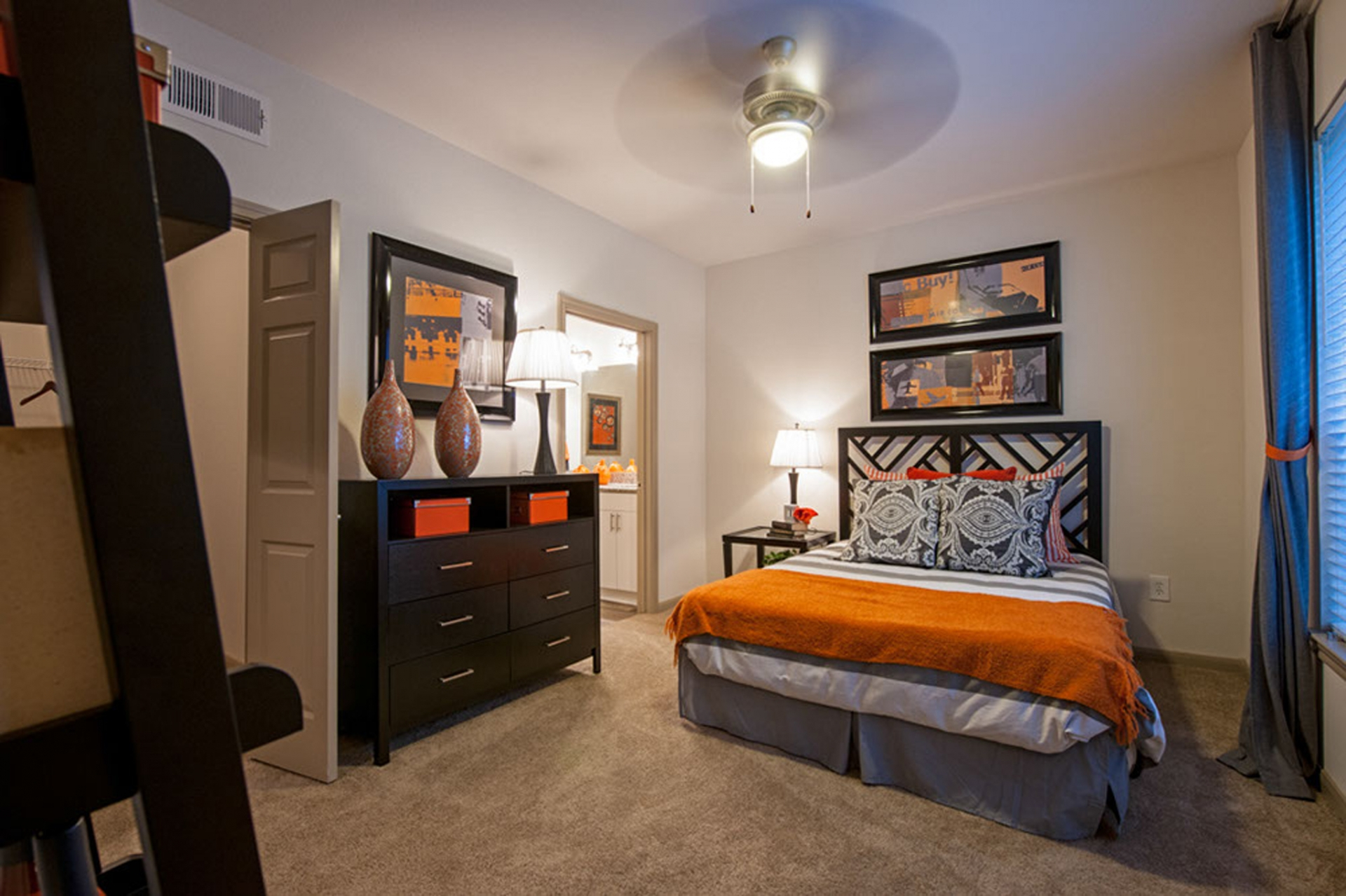Camden Holly Springs Apartments image 4
