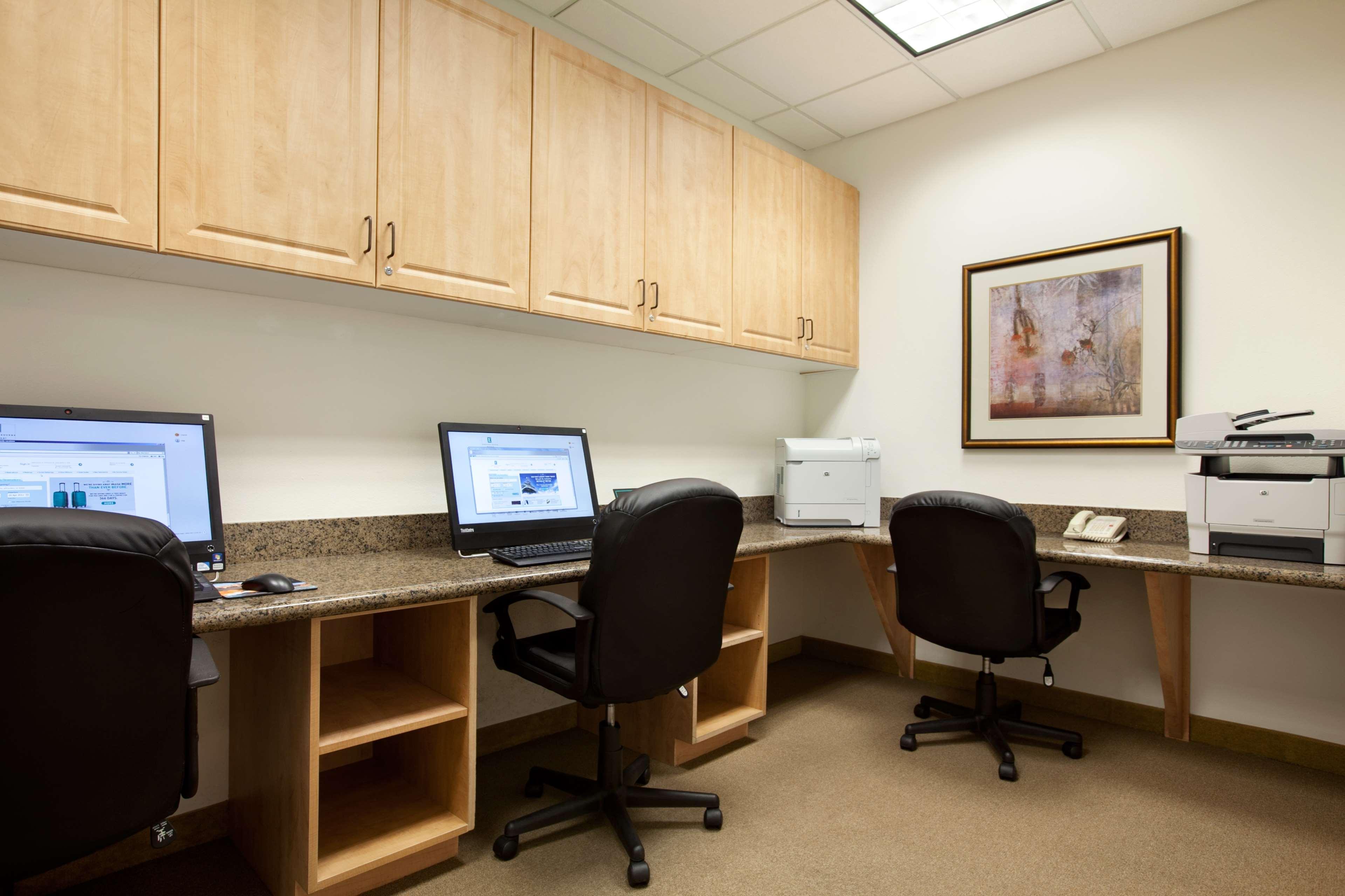 Embassy Suites by Hilton La Quinta Hotel & Spa image 43