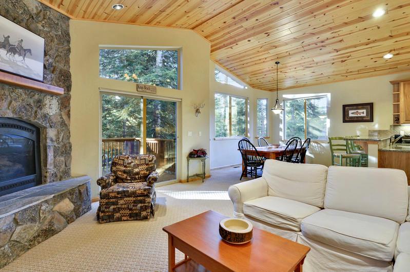 Tahoe Signature Properties image 30