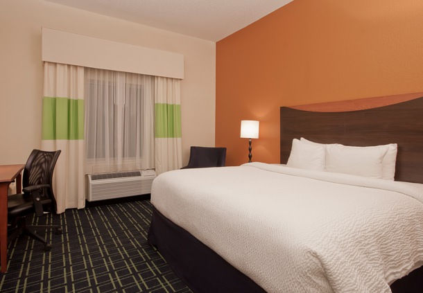 Fairfield Inn & Suites by Marriott Jackson image 2