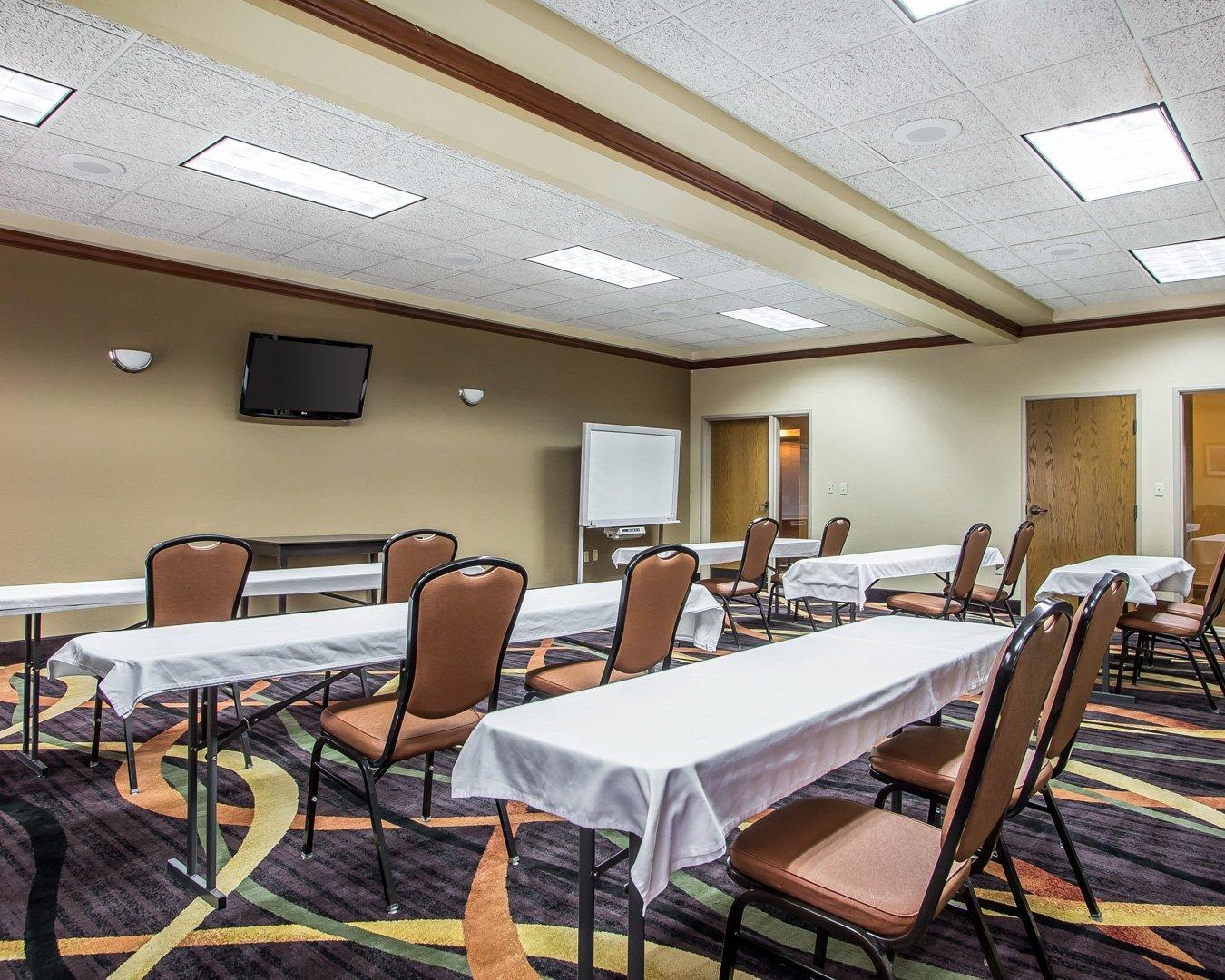 Comfort Inn & Suites in Kenosha, WI   Whitepages