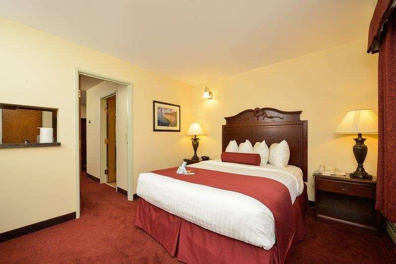 Best Western The Hotel Chequamegon image 15
