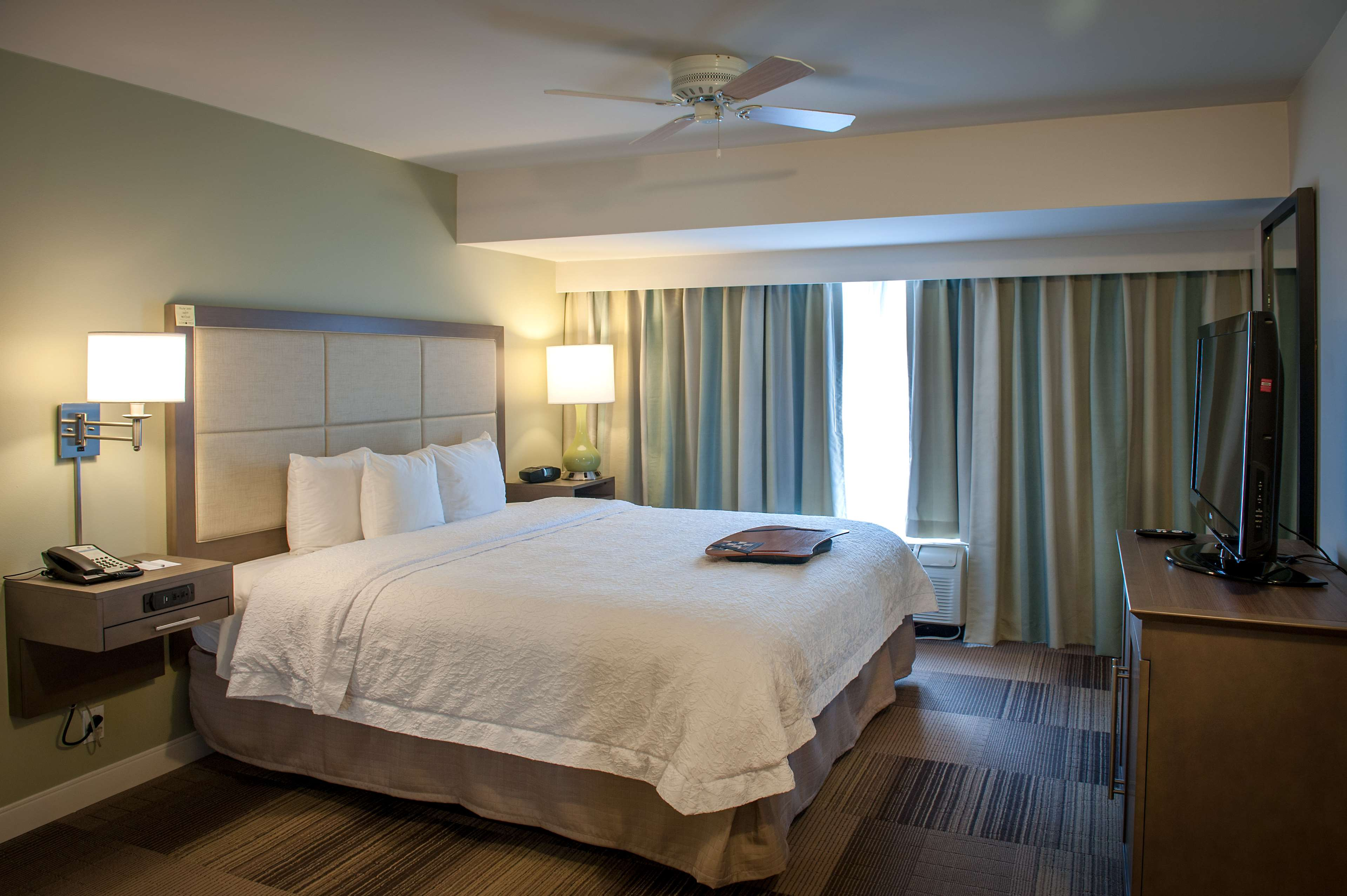 Hampton Inn & Suites New Orleans-Elmwood/Clearview Parkway Area image 23