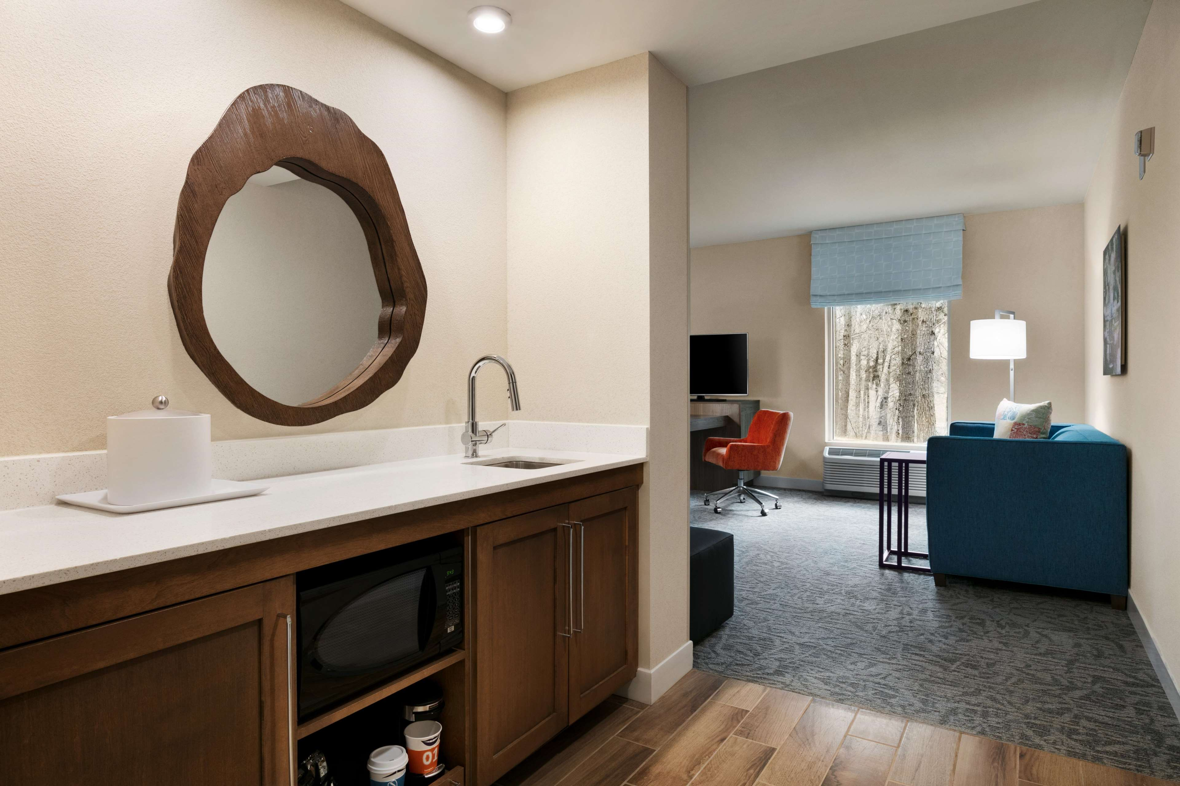 Hampton Inn and Suites Johns Creek image 18