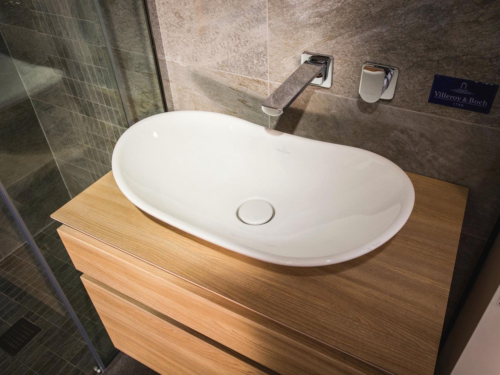 Sovereign bathroom centre bathroom fixtures and fittings for Toilet fixtures and fittings