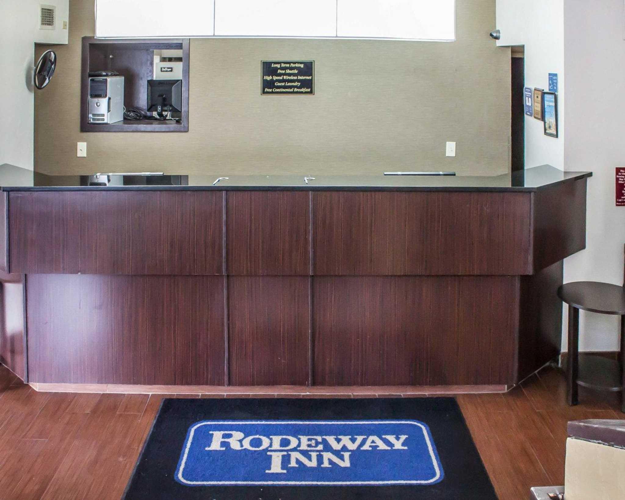 Rodeway Inn Airport image 24