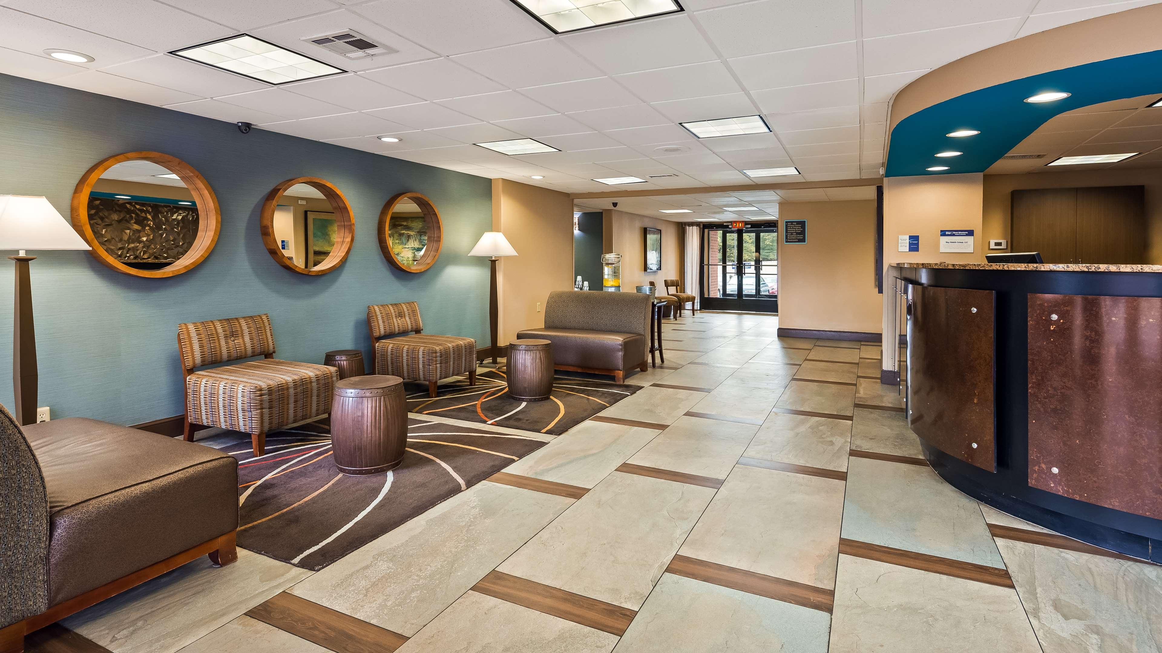 Best Western Executive Hotel image 1