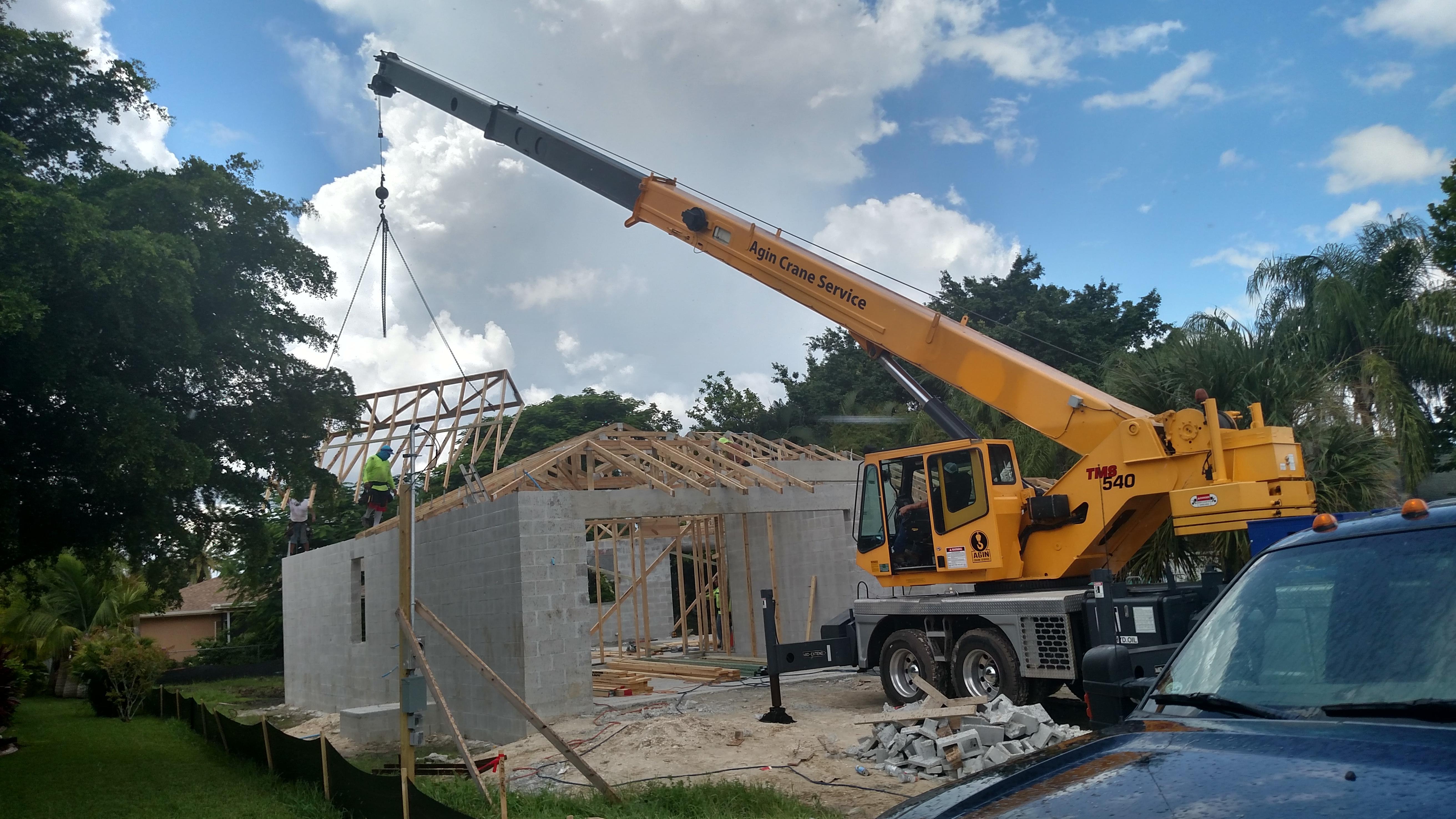 Agin Crane Service image 4