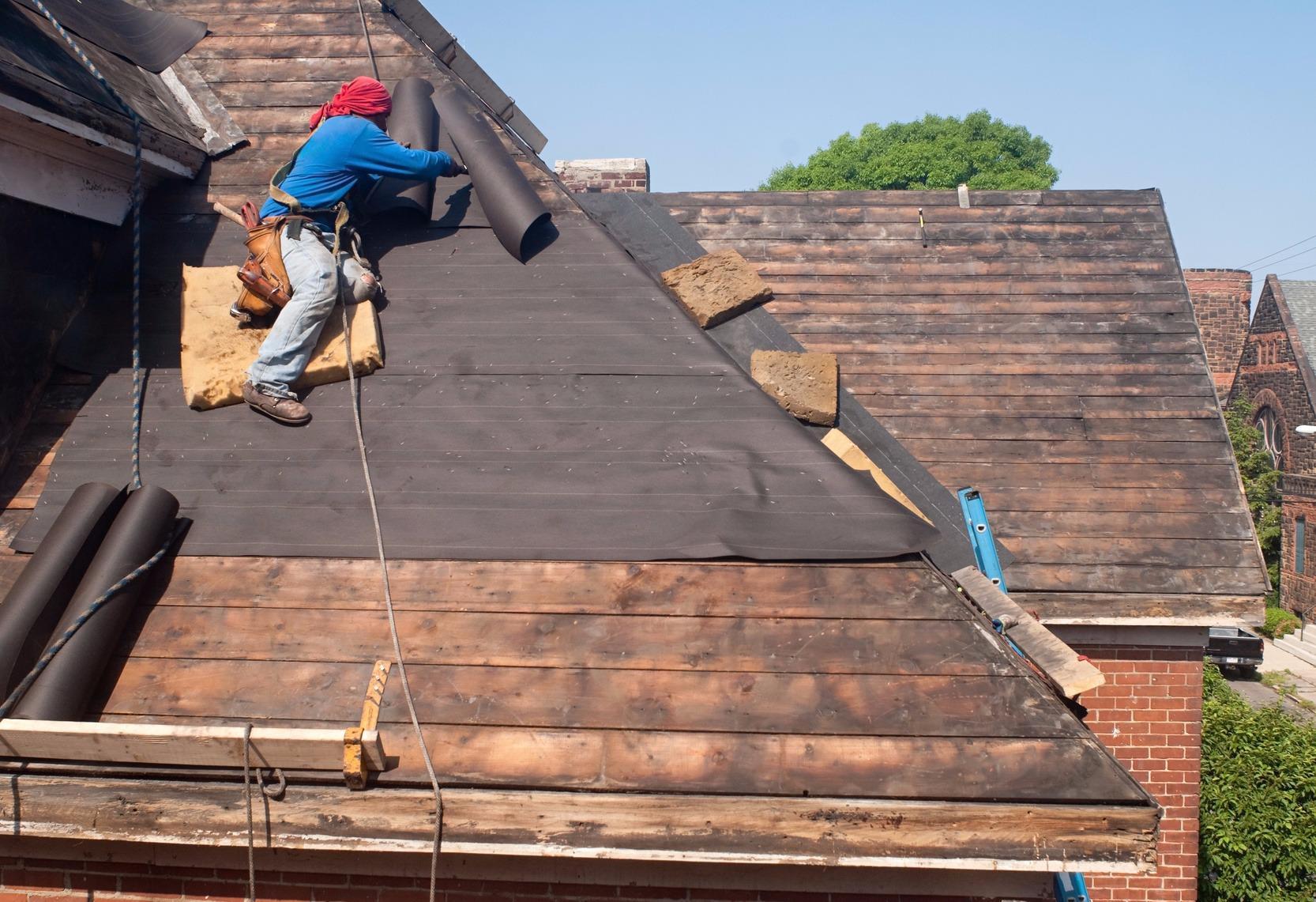 Как отремонтировать крышу своими руками