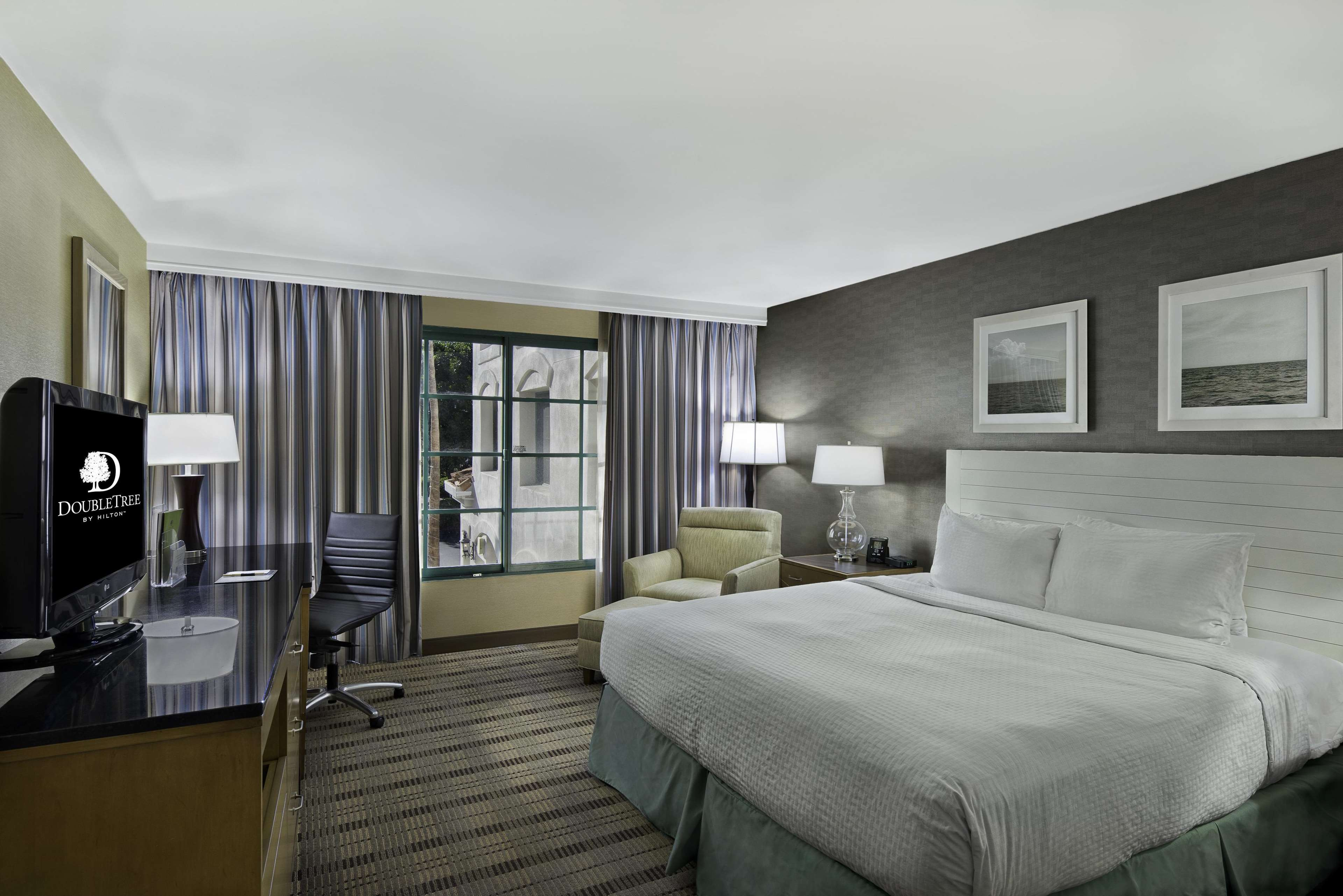 DoubleTree by Hilton Hotel San Pedro - Port of Los Angeles image 17