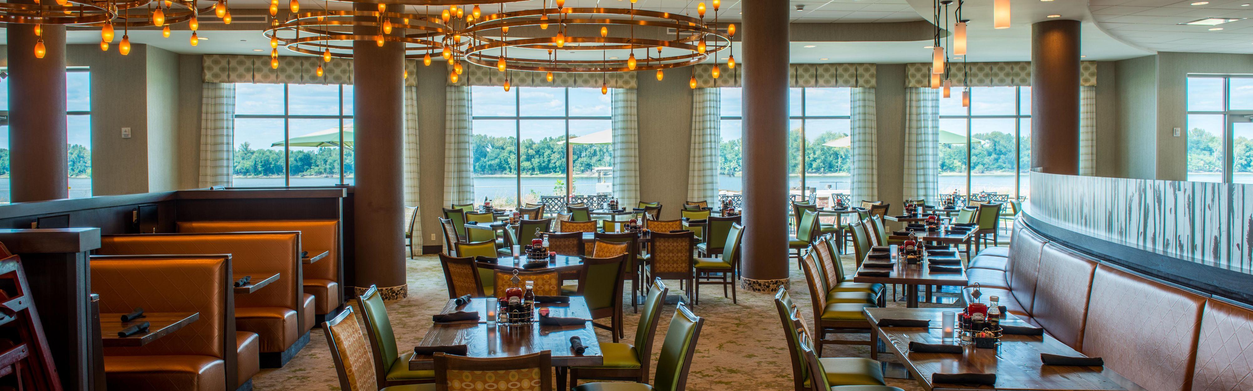 Holiday Inn Paducah Riverfront image 3