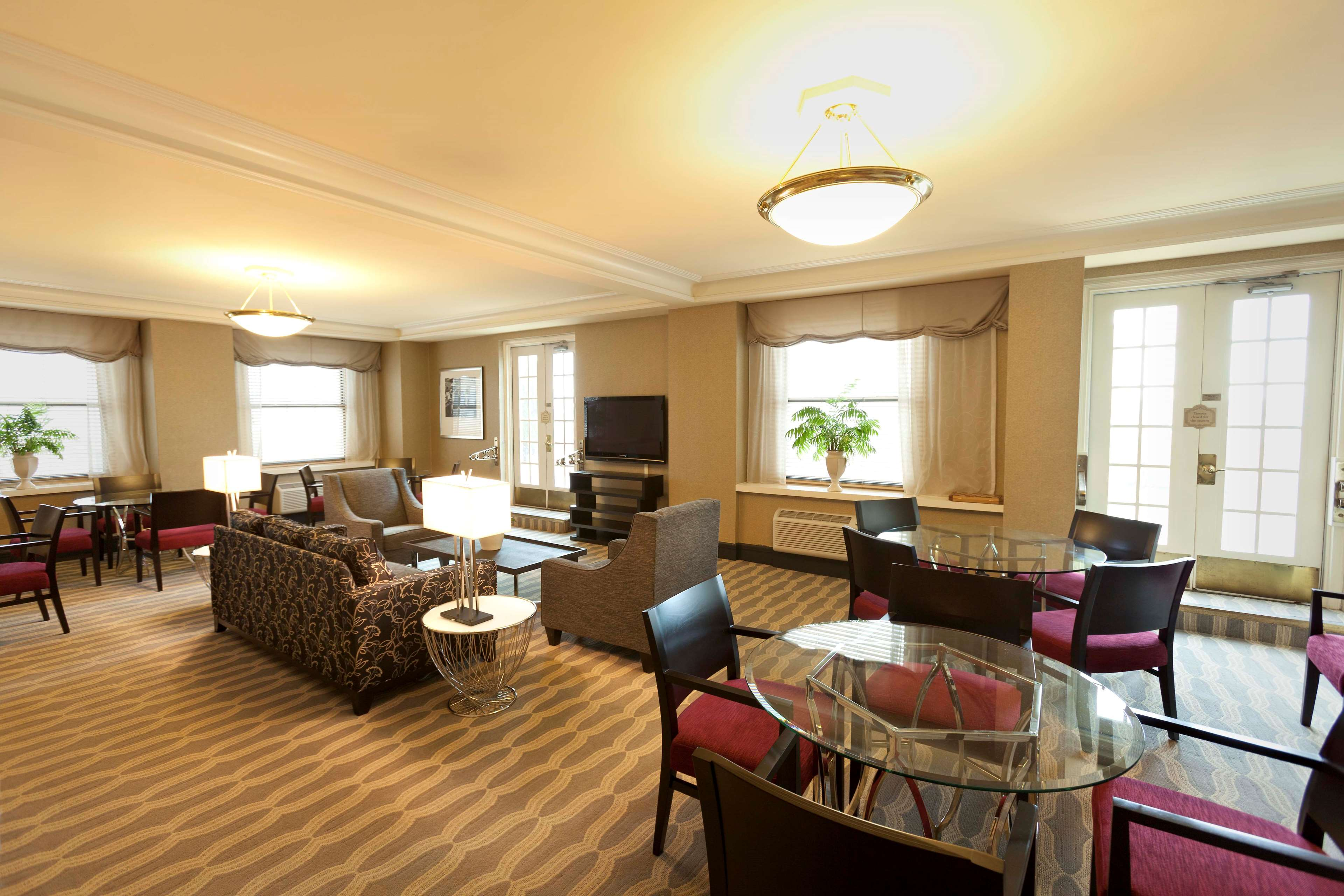 Hilton Cincinnati Netherland Plaza image 46
