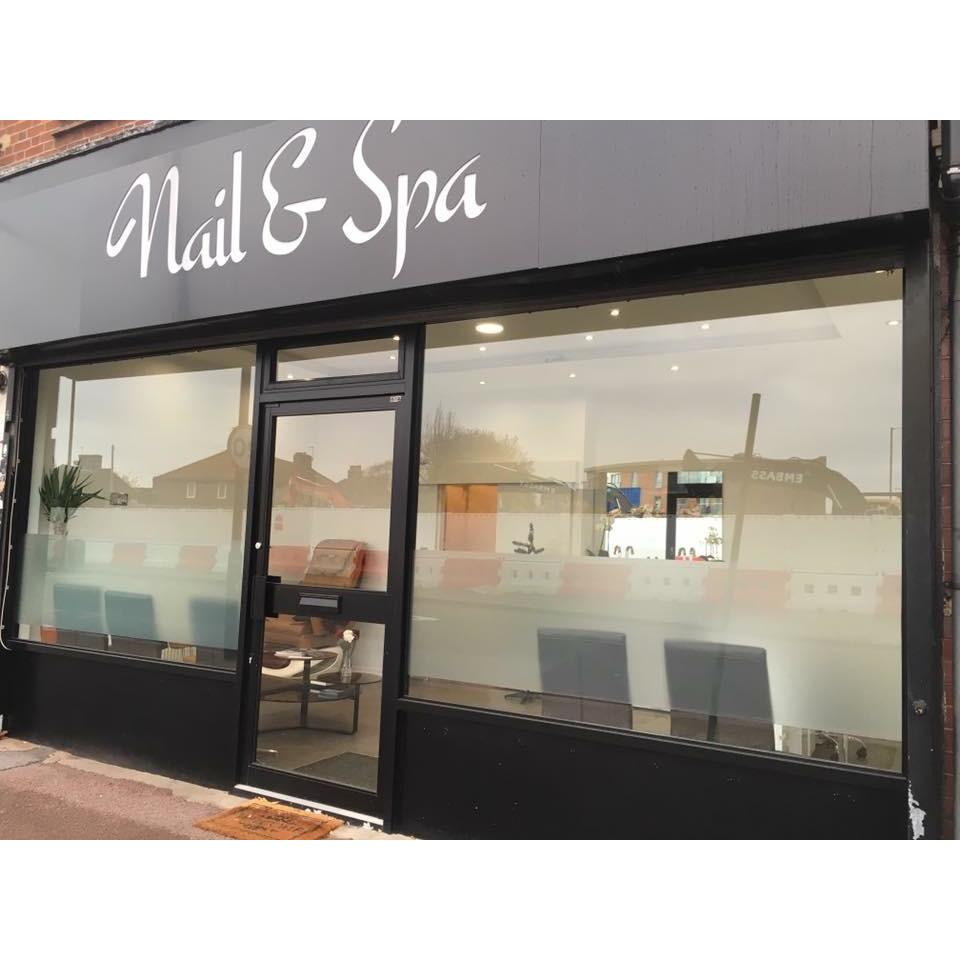 nail spa manicurists in acton w3 7hh