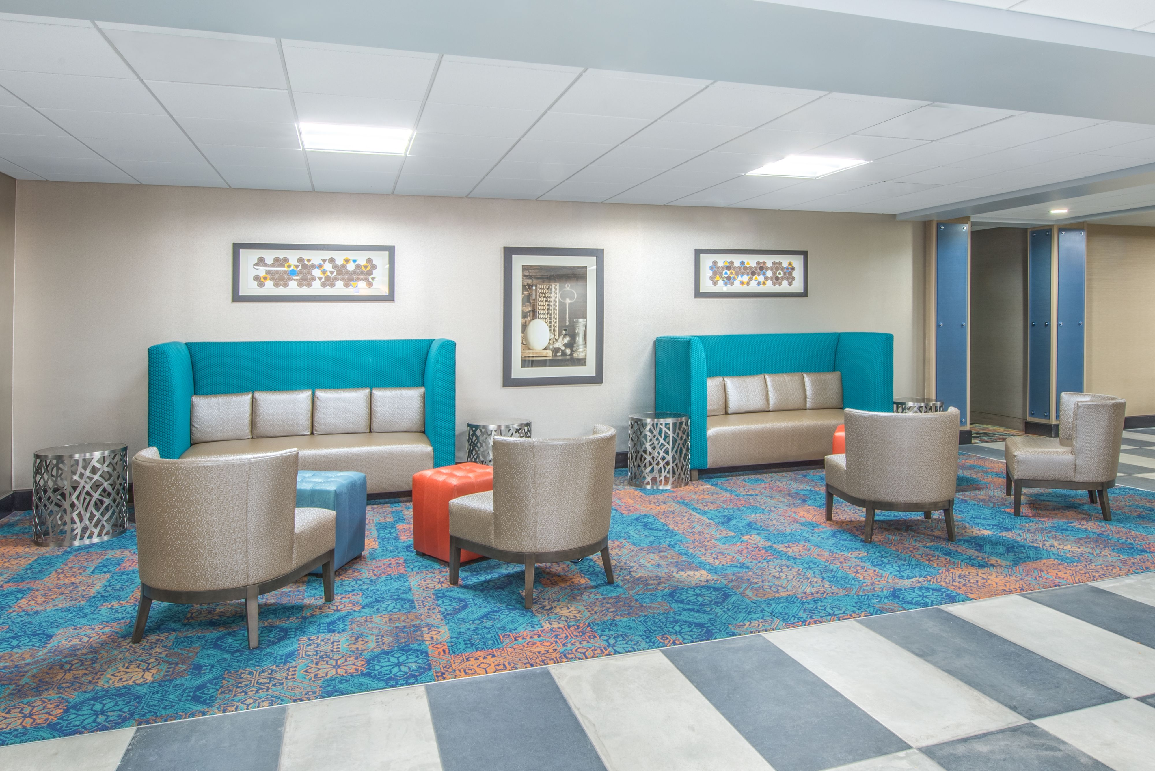 Holiday Inn Express & Suites Shawnee-Kansas City West image 4