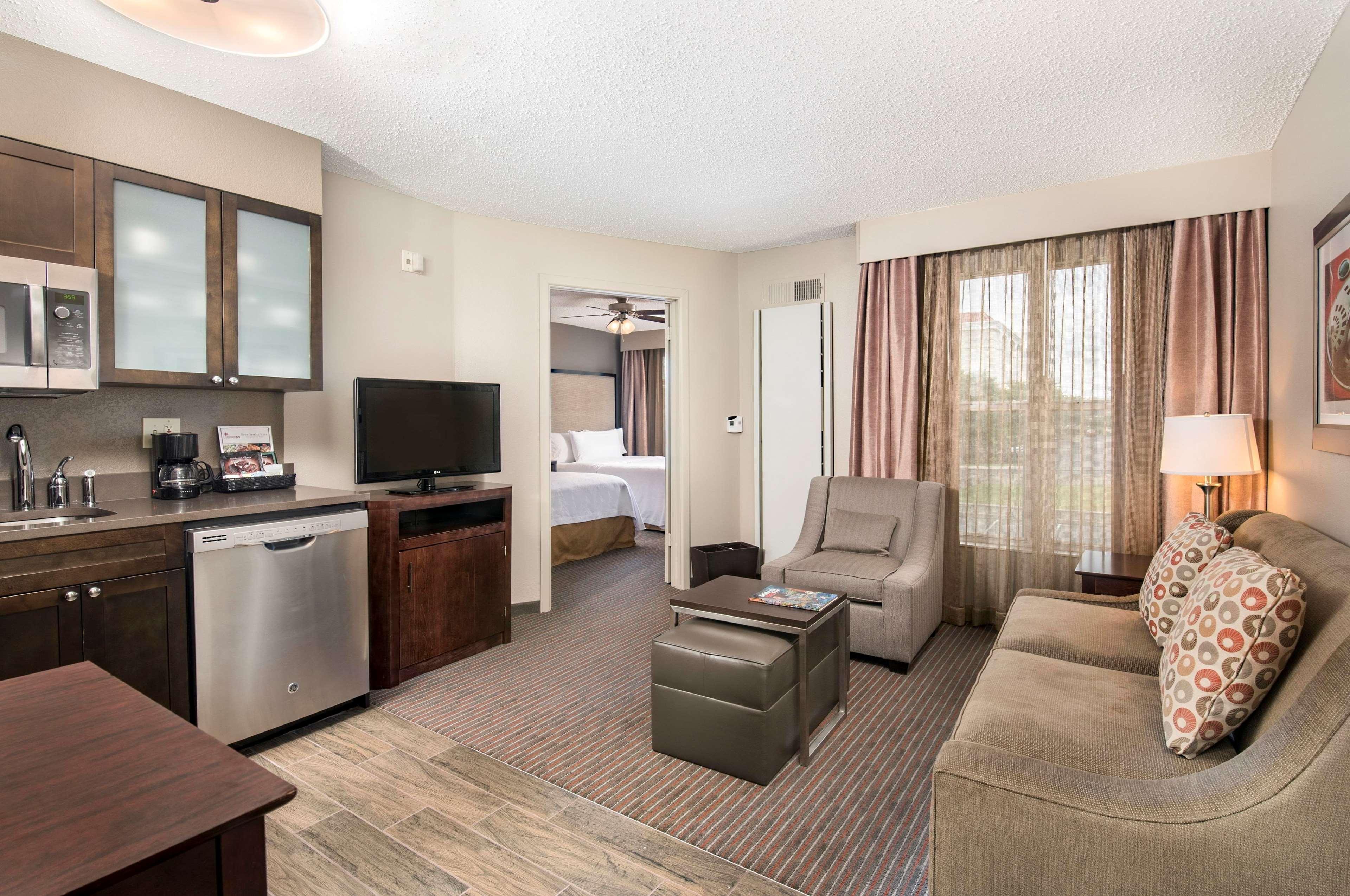 Homewood Suites by Hilton Austin-South/Airport image 11