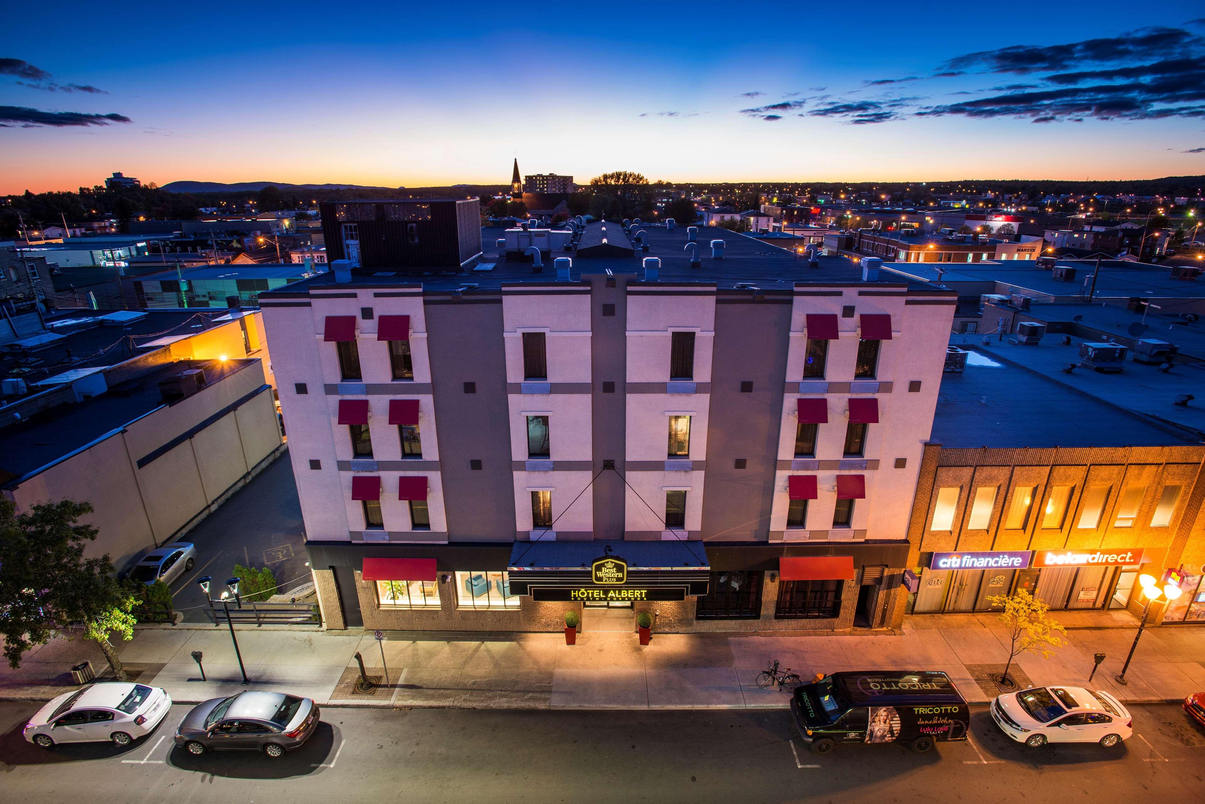 Best Western Plus Hotel Albert Rouyn-Noranda à Rouyn-Noranda: Exterior