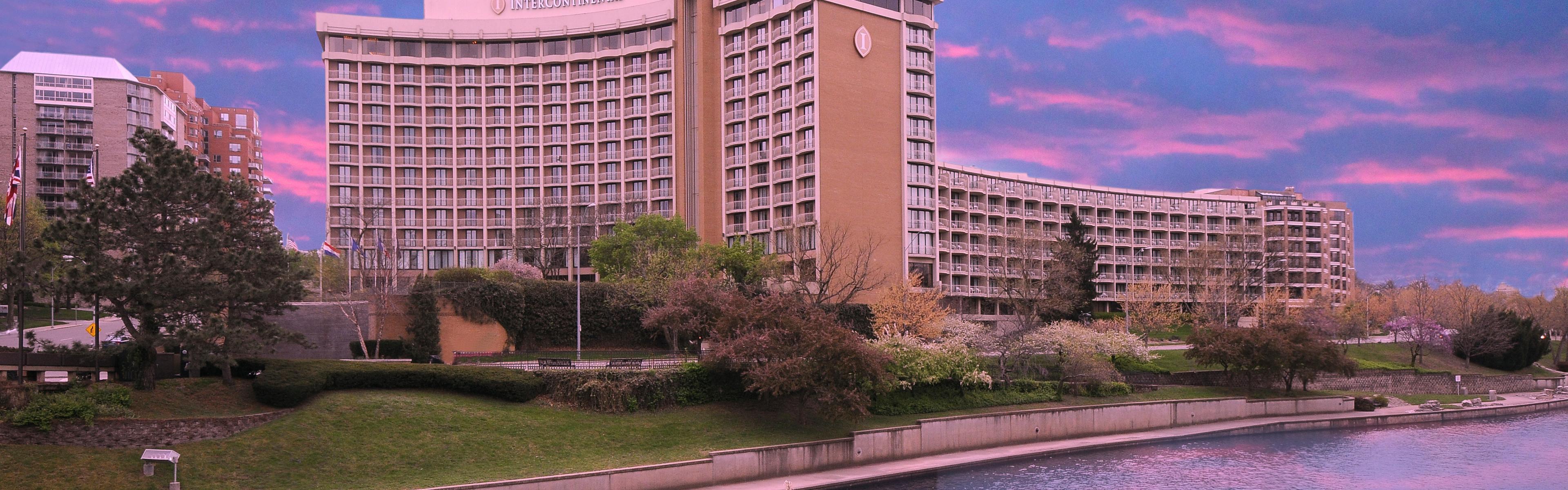 InterContinental Kansas City At The Plaza image 0