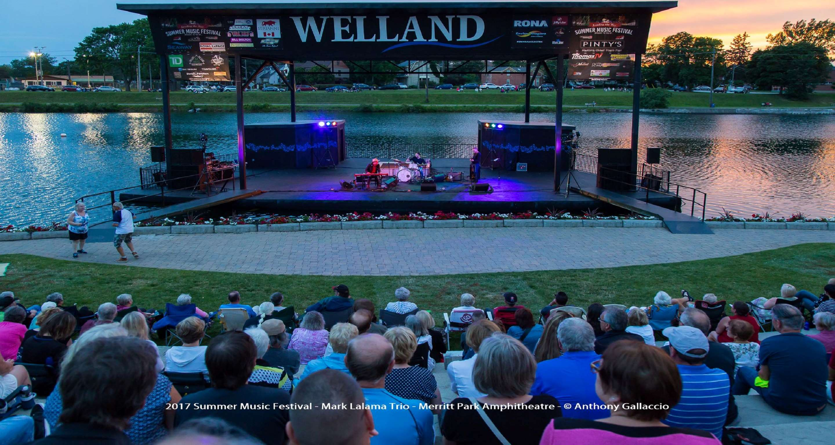 Best Western Plus Rose City Suites in Welland: Concerts on the Canal