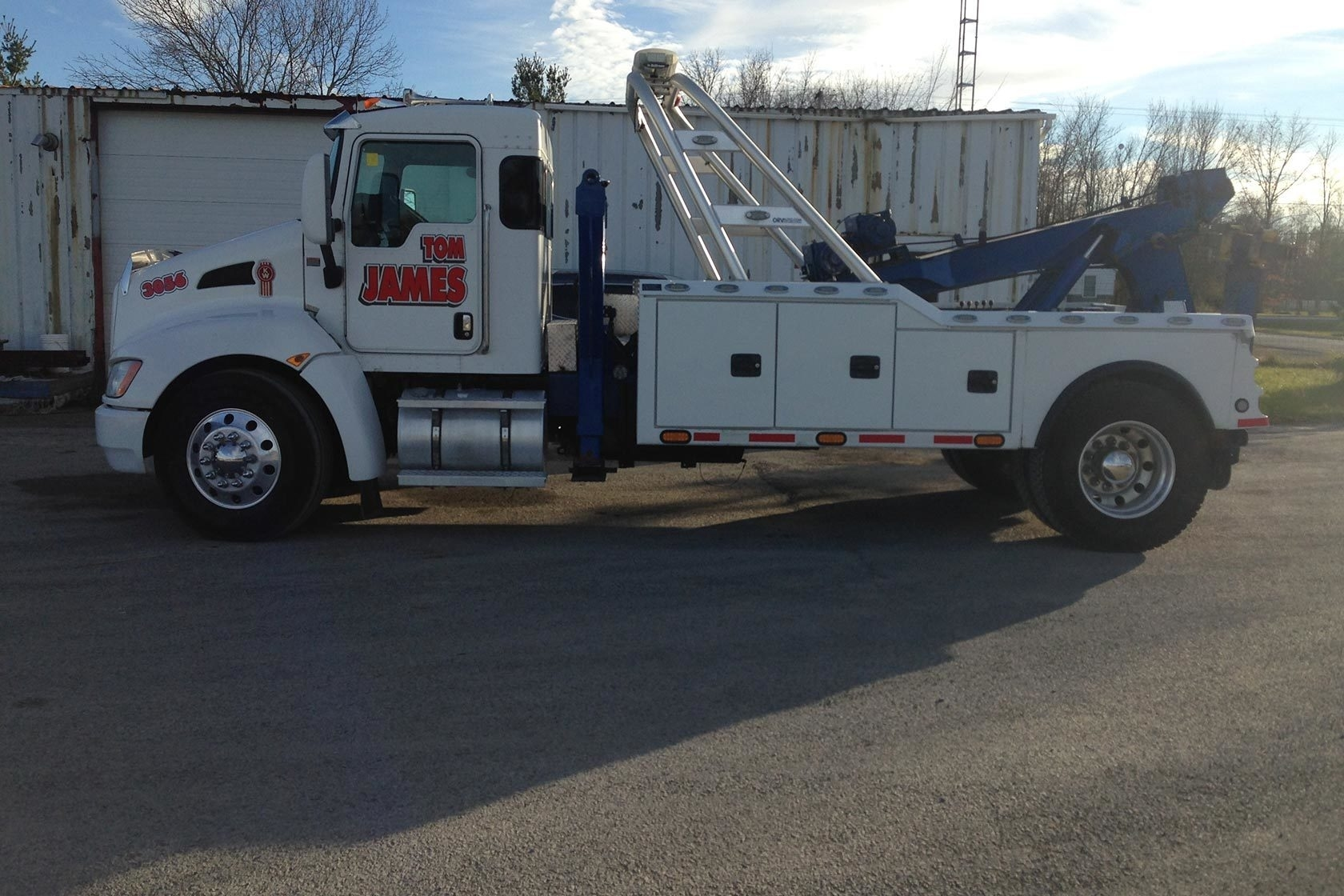 Tom James Towing
