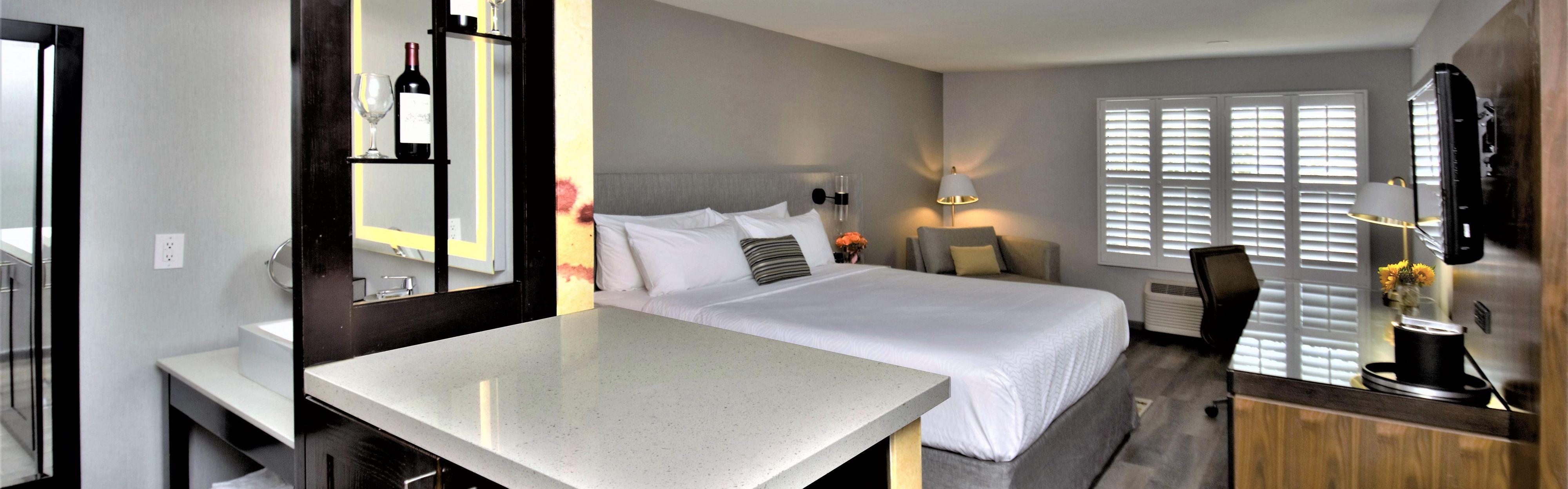 Hotel Indigo Napa Valley image 1