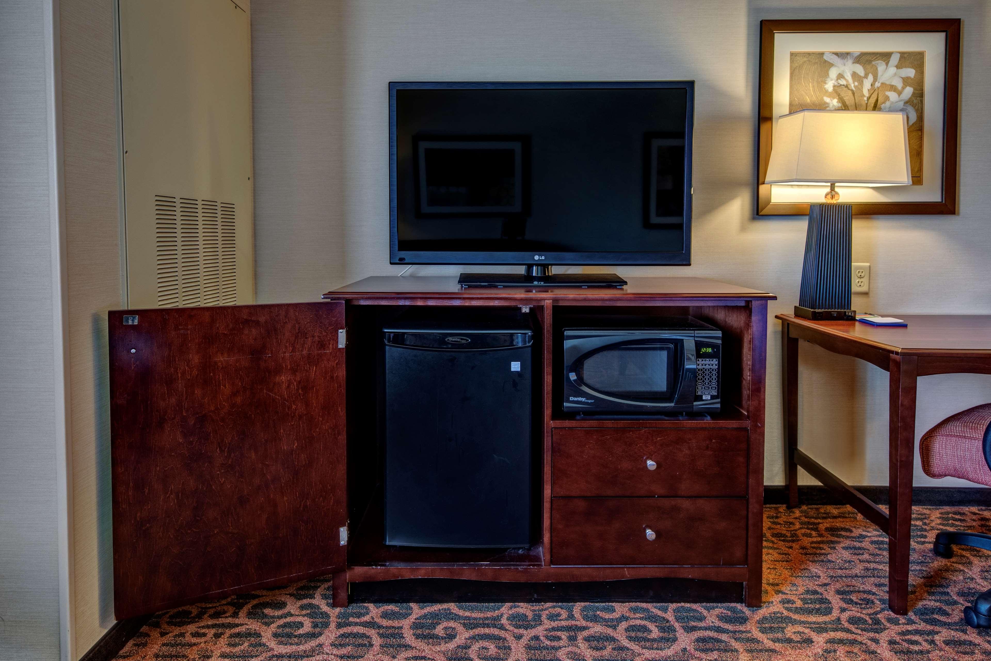Hampton Inn Suites Minneapolis St Paul Arpt-Mall of America image 10