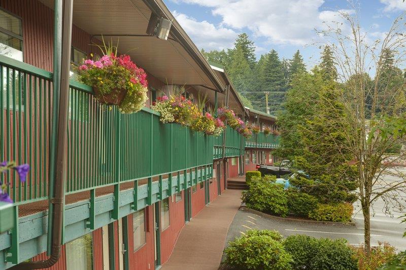 Best Western Bakerview Inn in Abbotsford: Hotel Exterior