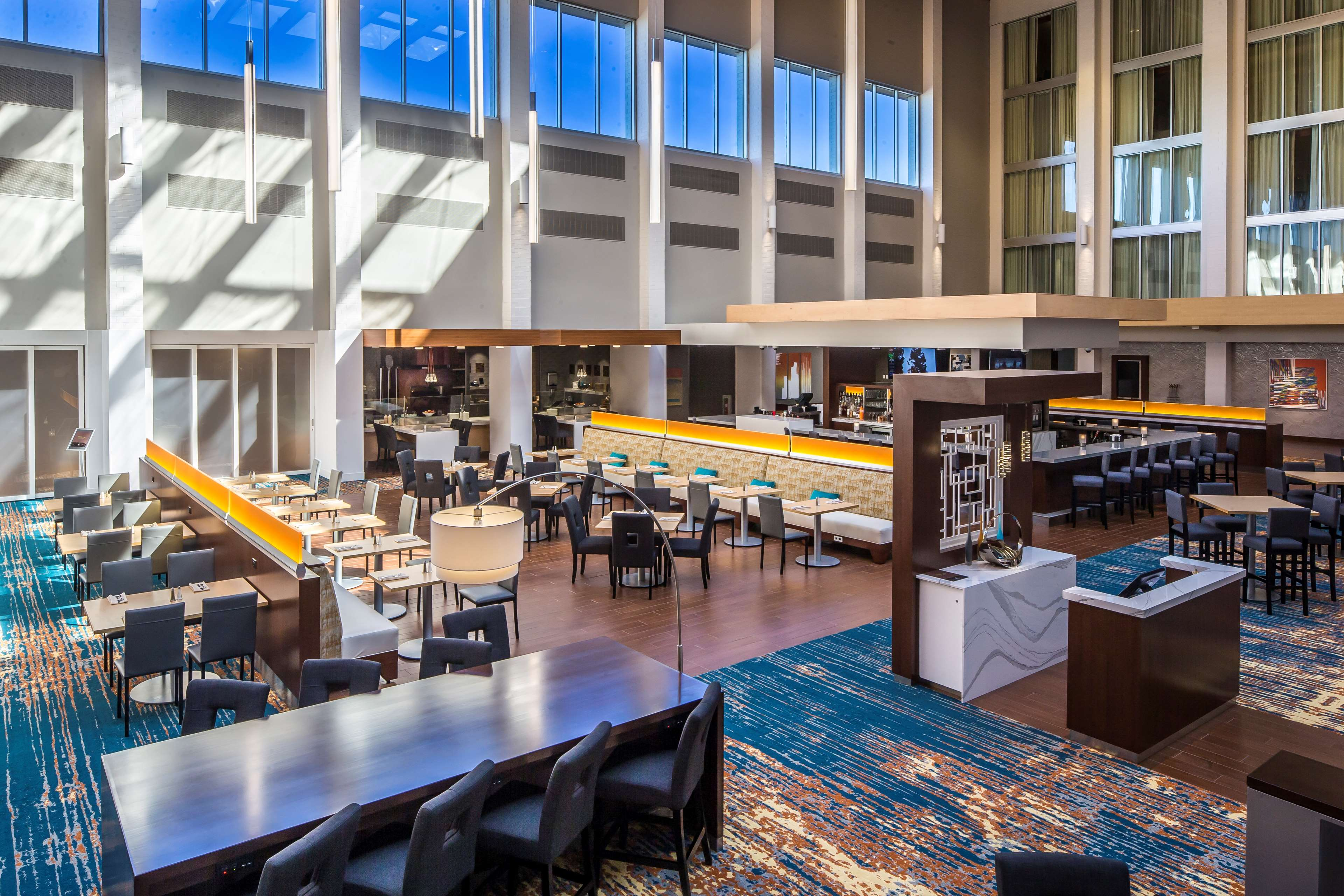 DoubleTree by Hilton Hotel Pittsburgh - Cranberry image 4