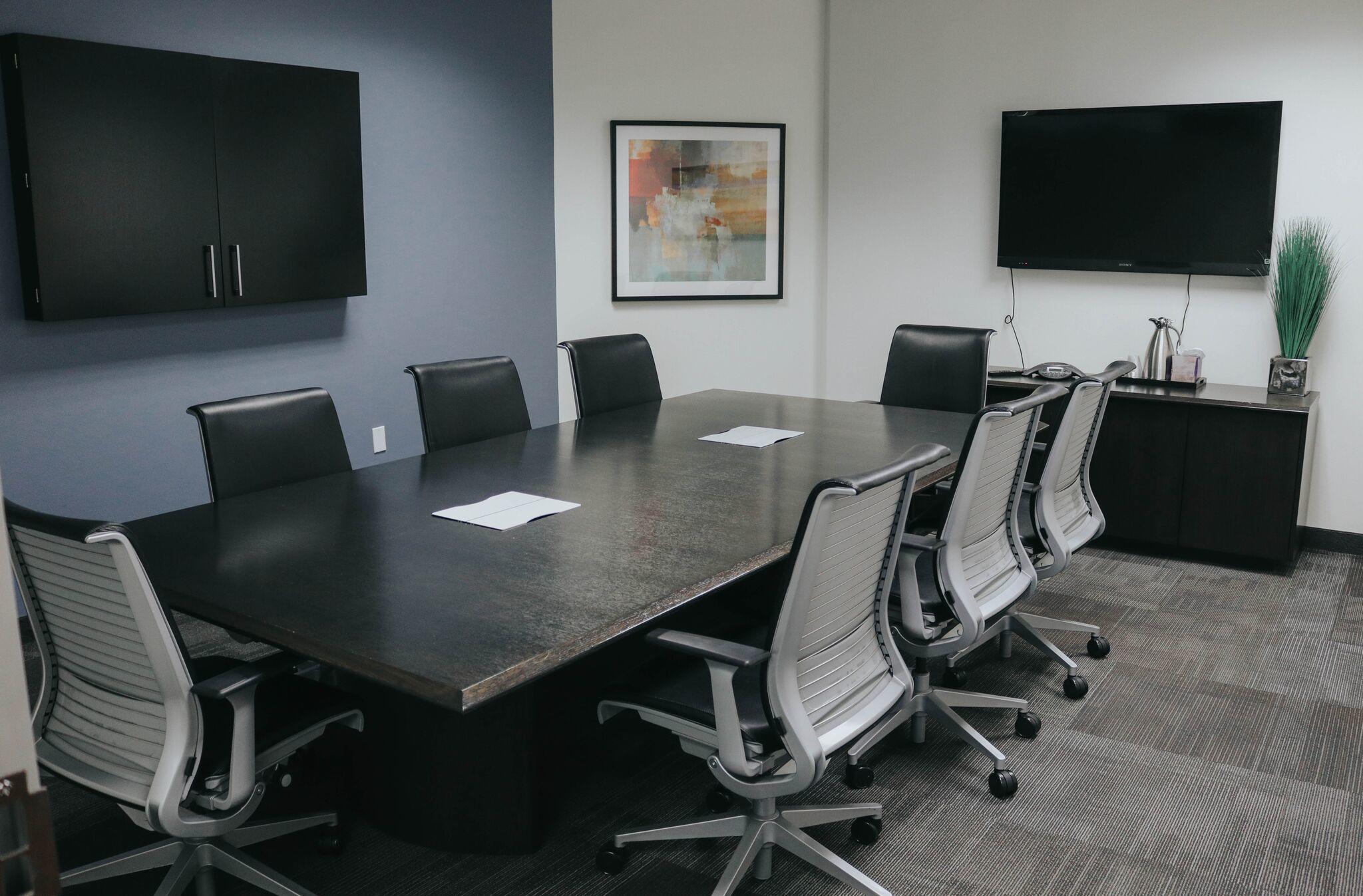 Executive Workspace image 2