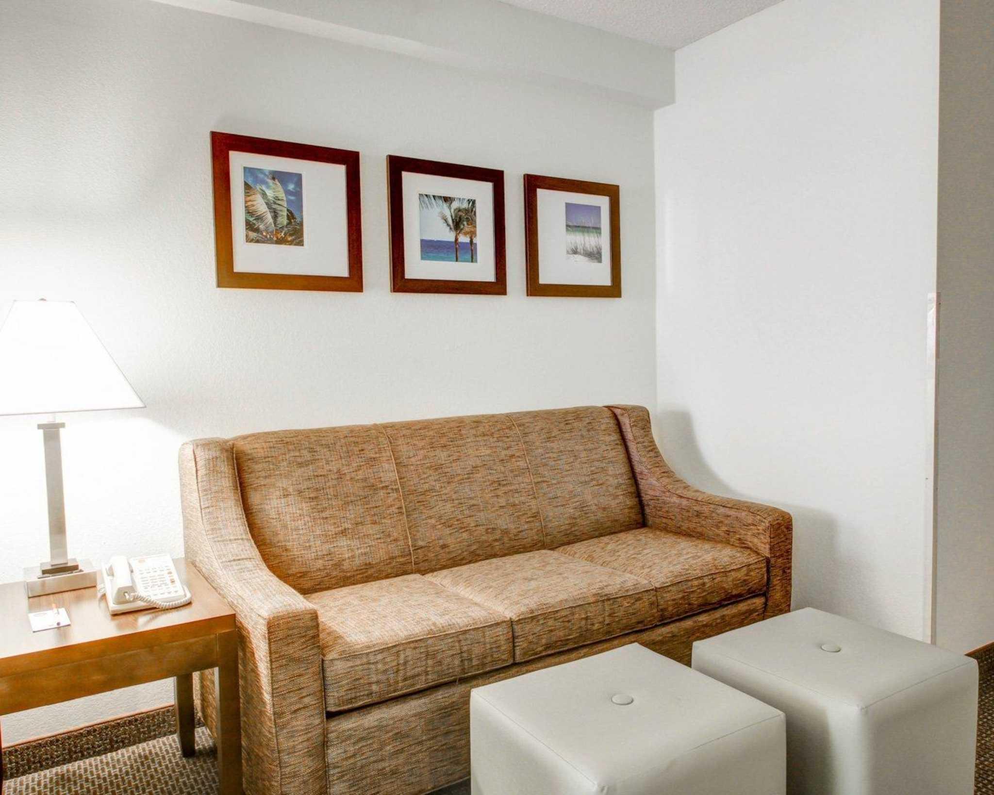 Comfort Suites Weston - Sawgrass Mills South image 32