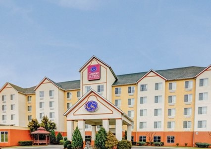 Comfort suites concord mills in concord nc 28027 citysearch for Hotels near charlotte motor speedway concord nc