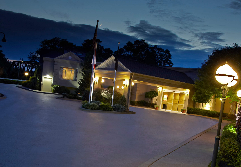 The Del Monte Lodge Renaissance Rochester Hotel & Spa image 22