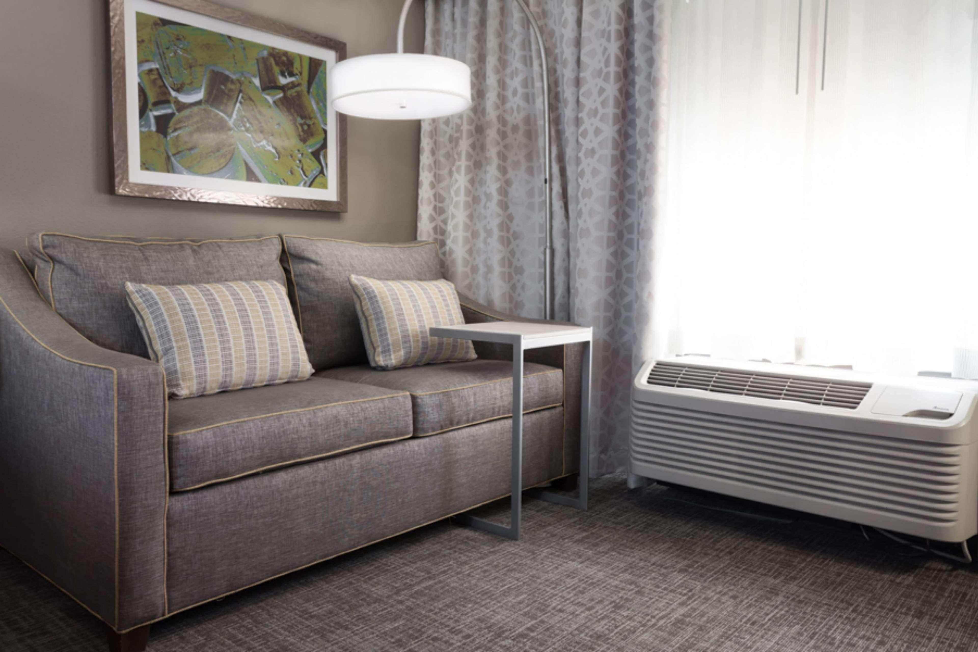 Hampton Inn & Suites Dallas-DFW Airport North-Grapevine image 21